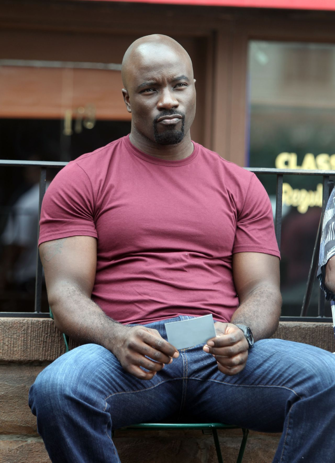 1280x1768 - Mike Colter Wallpapers 13
