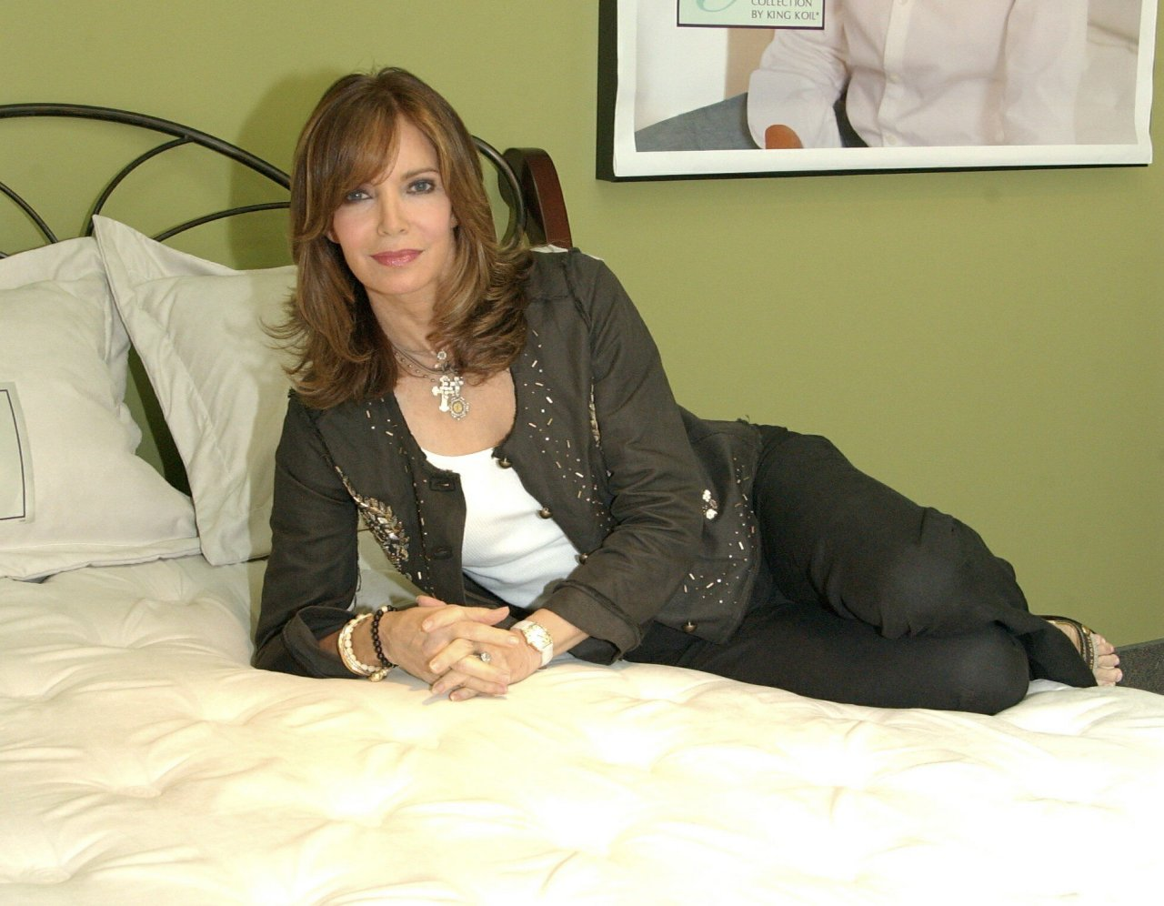1280x996 - Jaclyn Smith Wallpapers 8