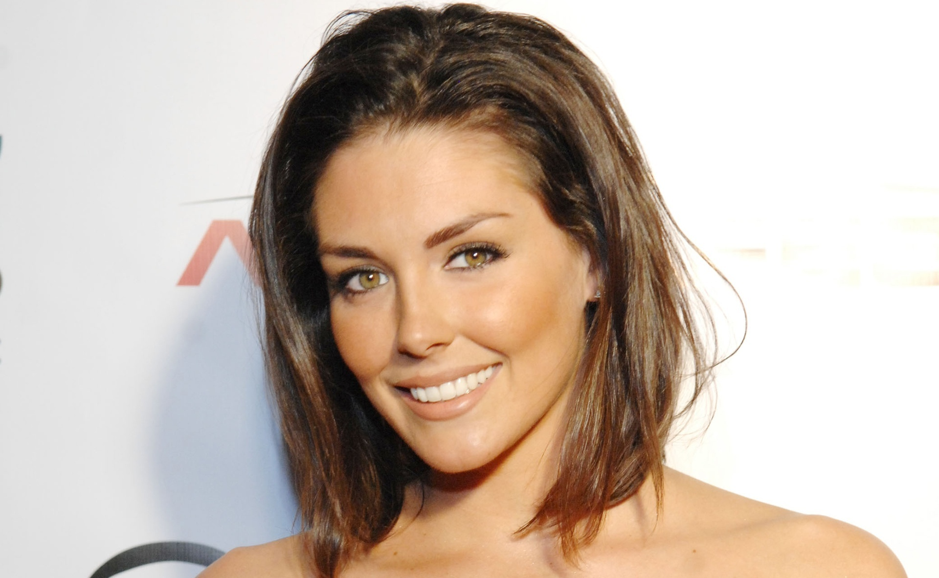 1920x1181 - Taylor Cole Wallpapers 3