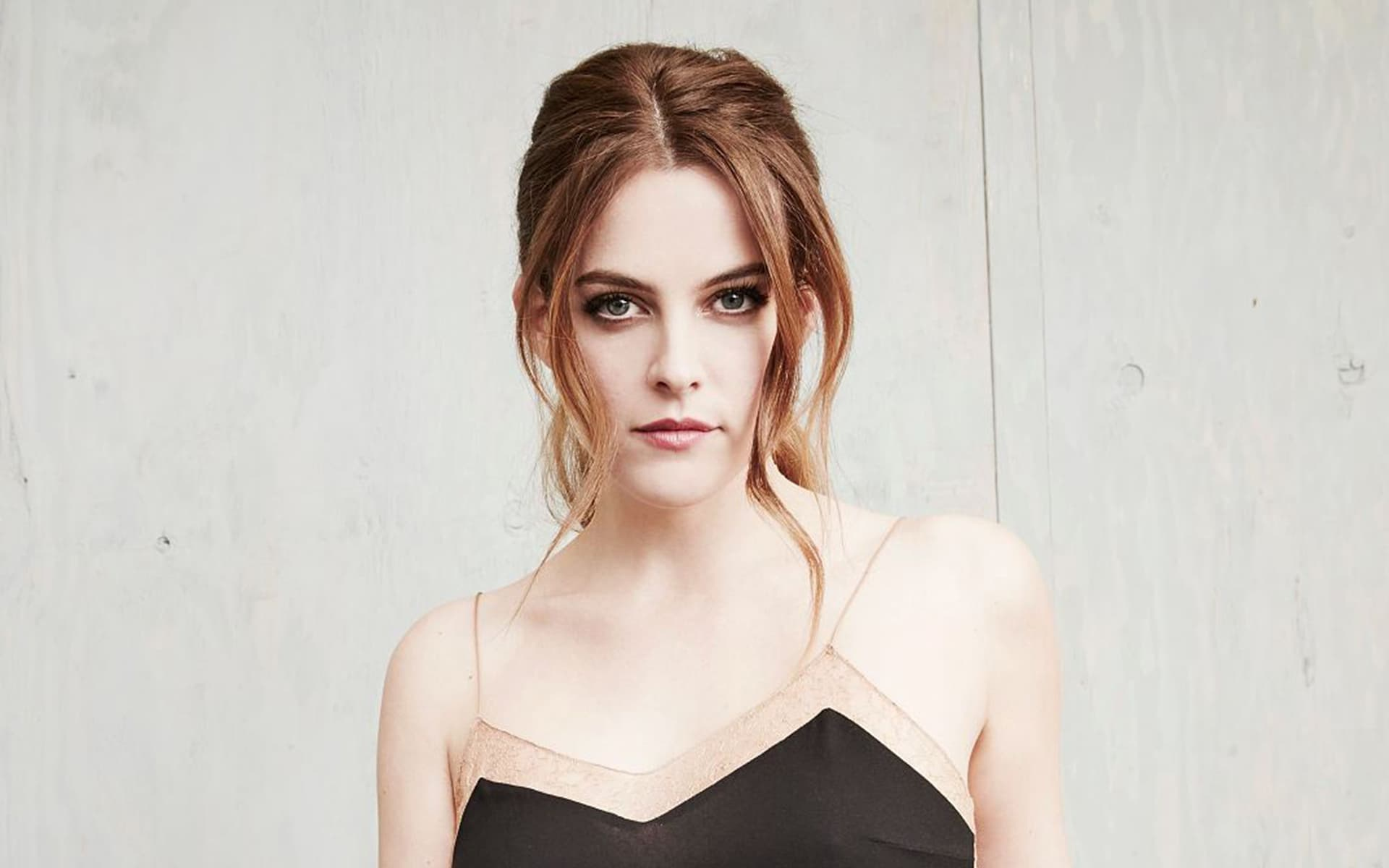 1920x1200 - Riley Keough Wallpapers 3