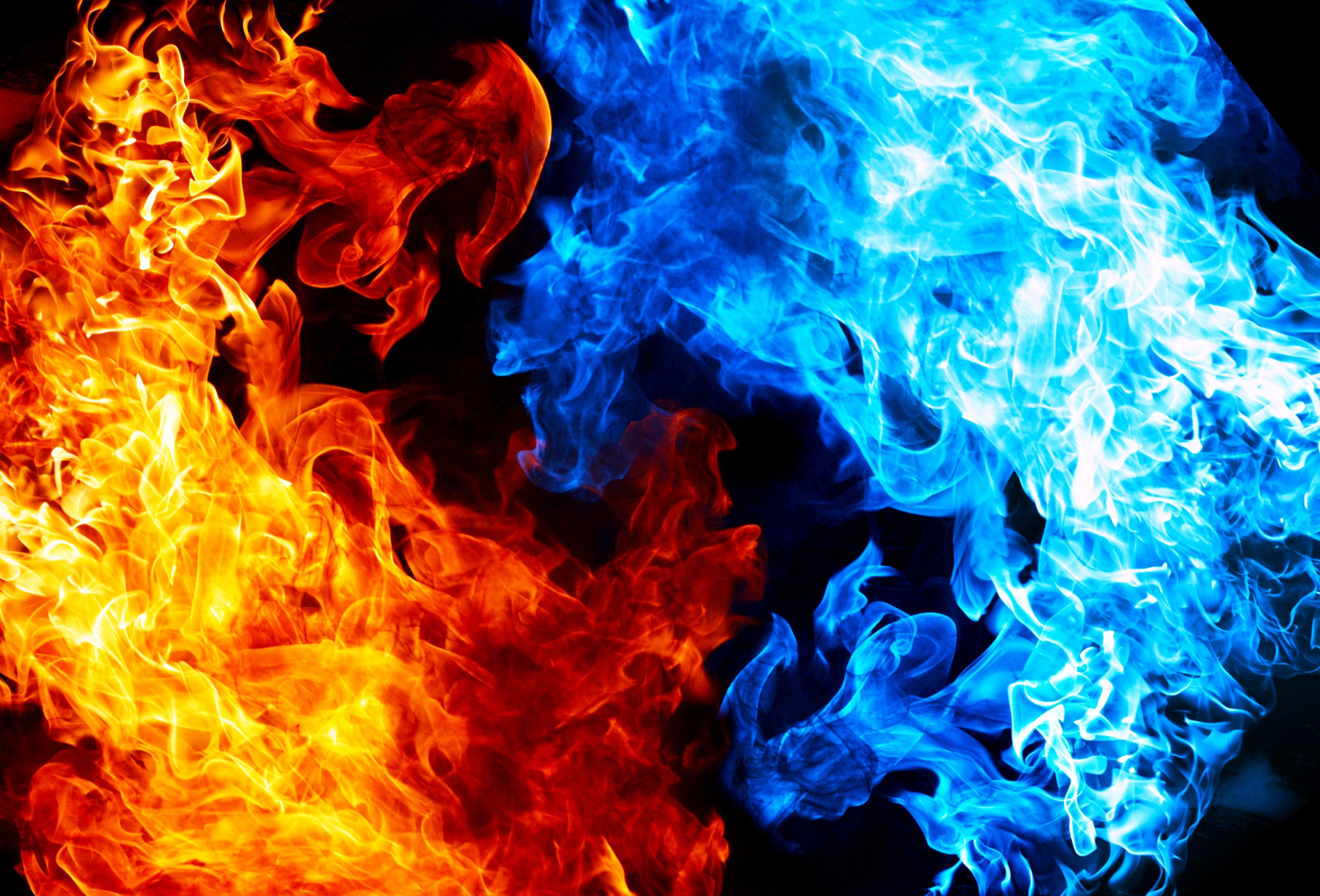 3871x2628 - Red and Blue Fire 14