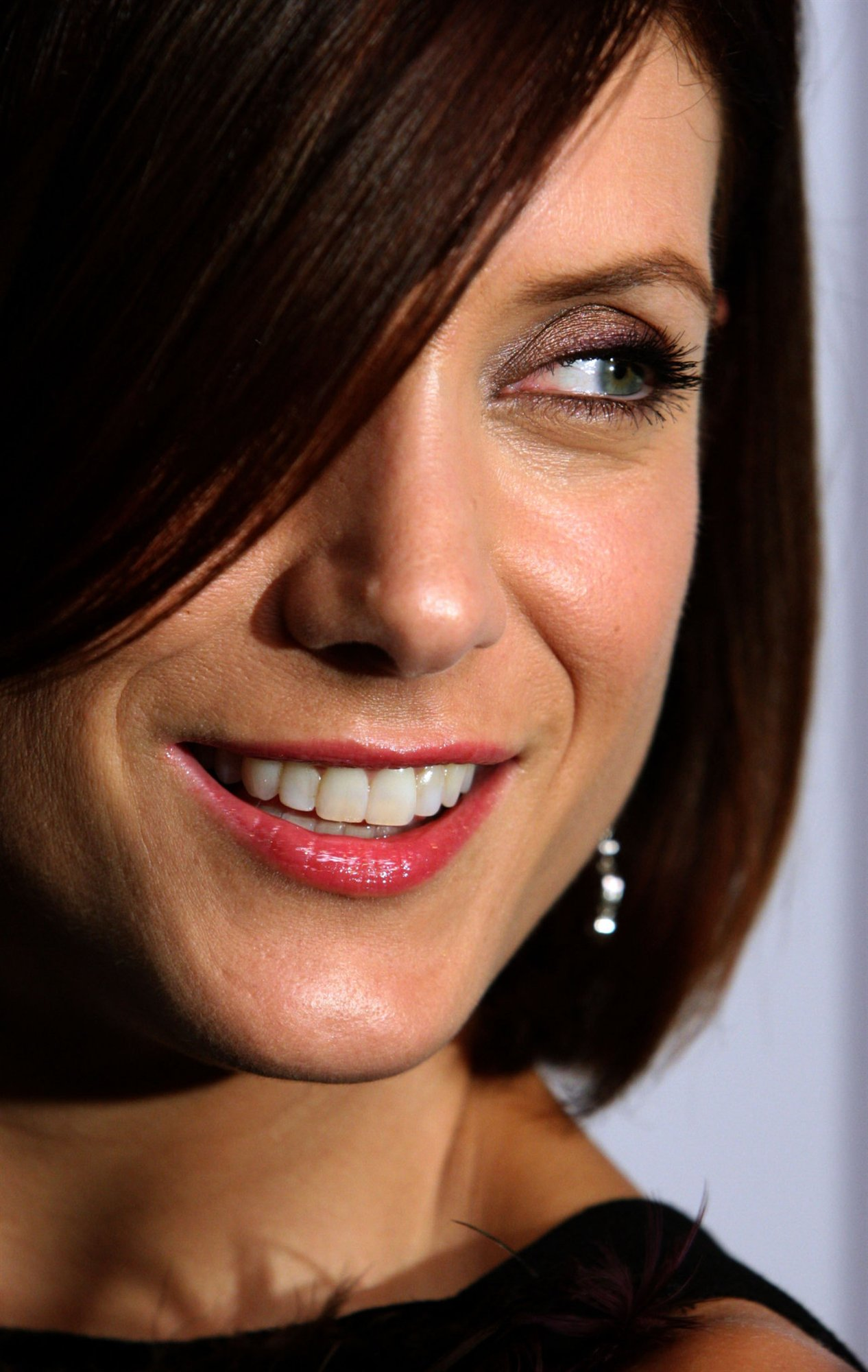 1266x2000 - Kate Walsh Wallpapers 25