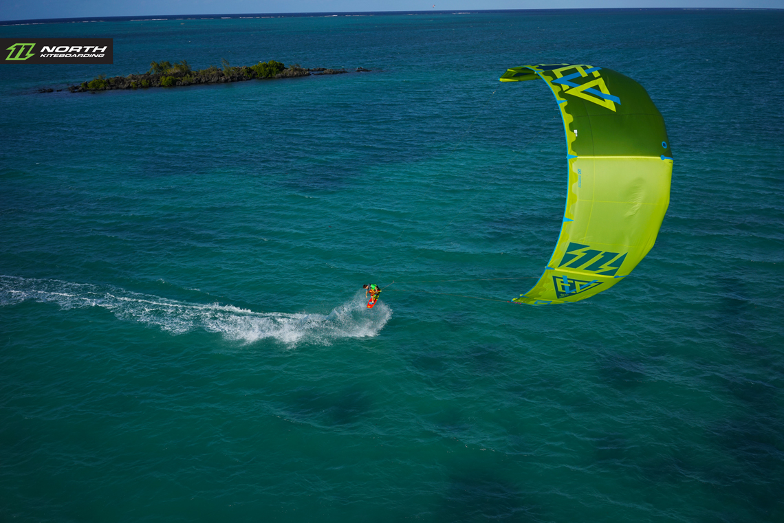 1140x761 - Kitesurfing Wallpapers 29