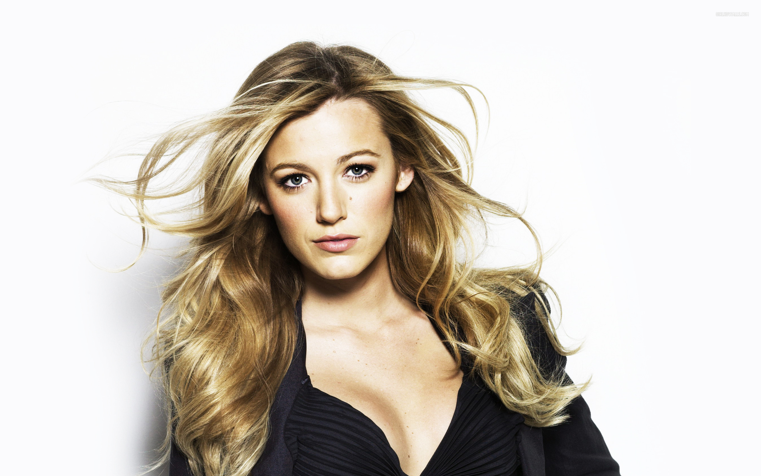 2560x1600 - Blake Lively Wallpapers 9