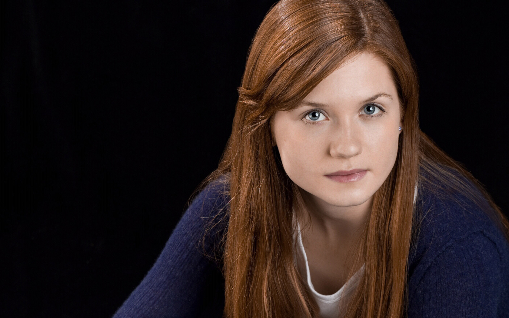 1680x1050 - Bonnie Wright Wallpapers 28