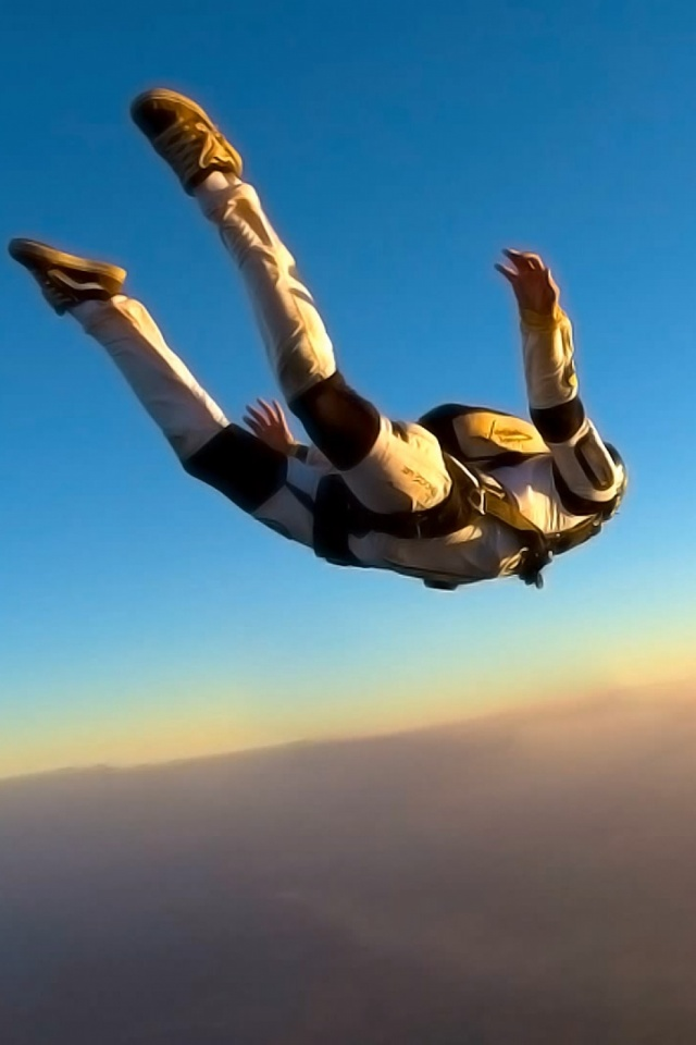 640x960 - Skydiving Wallpapers 15