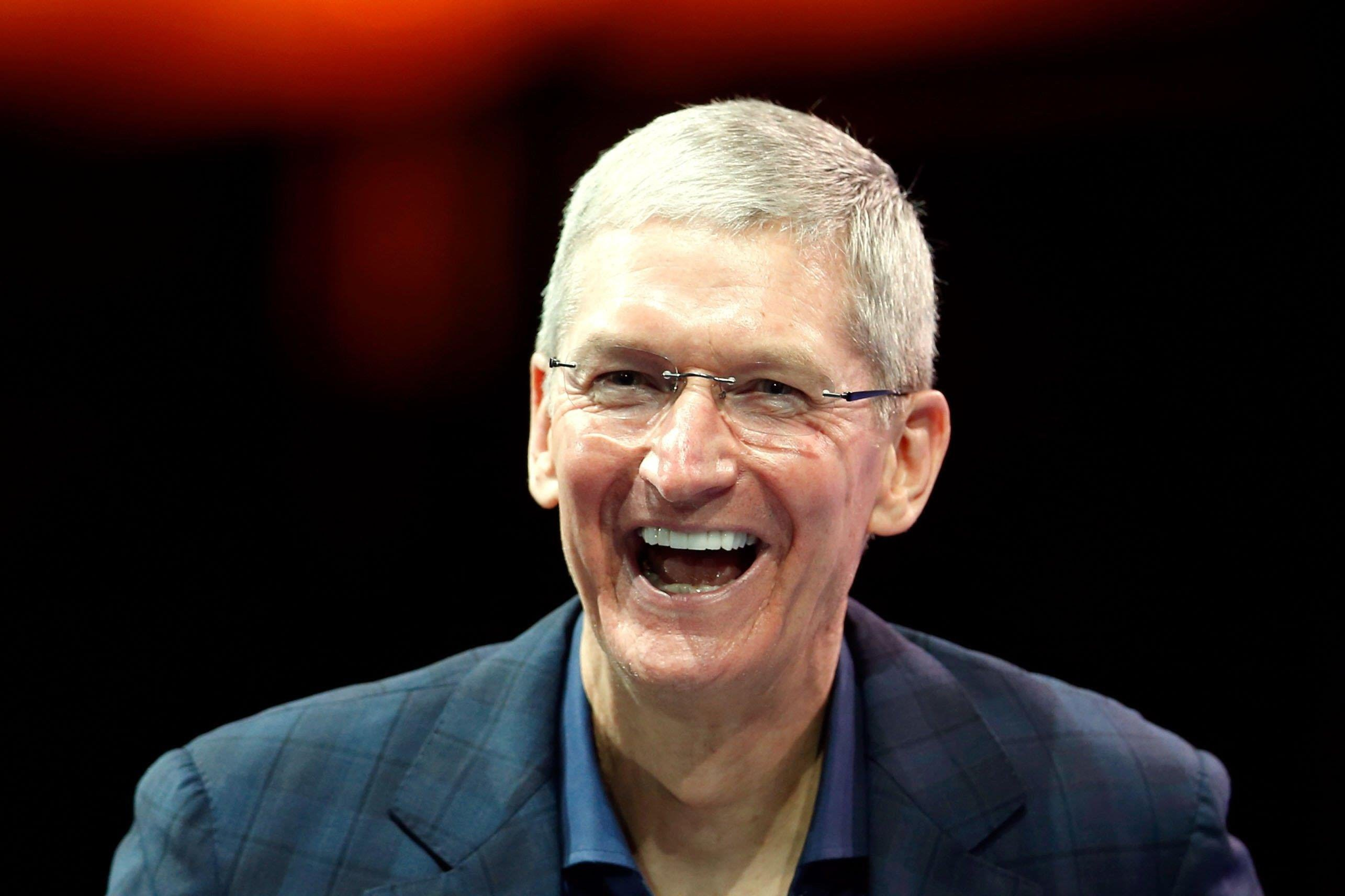 2570x1712 - Tim Cook Wallpapers 28