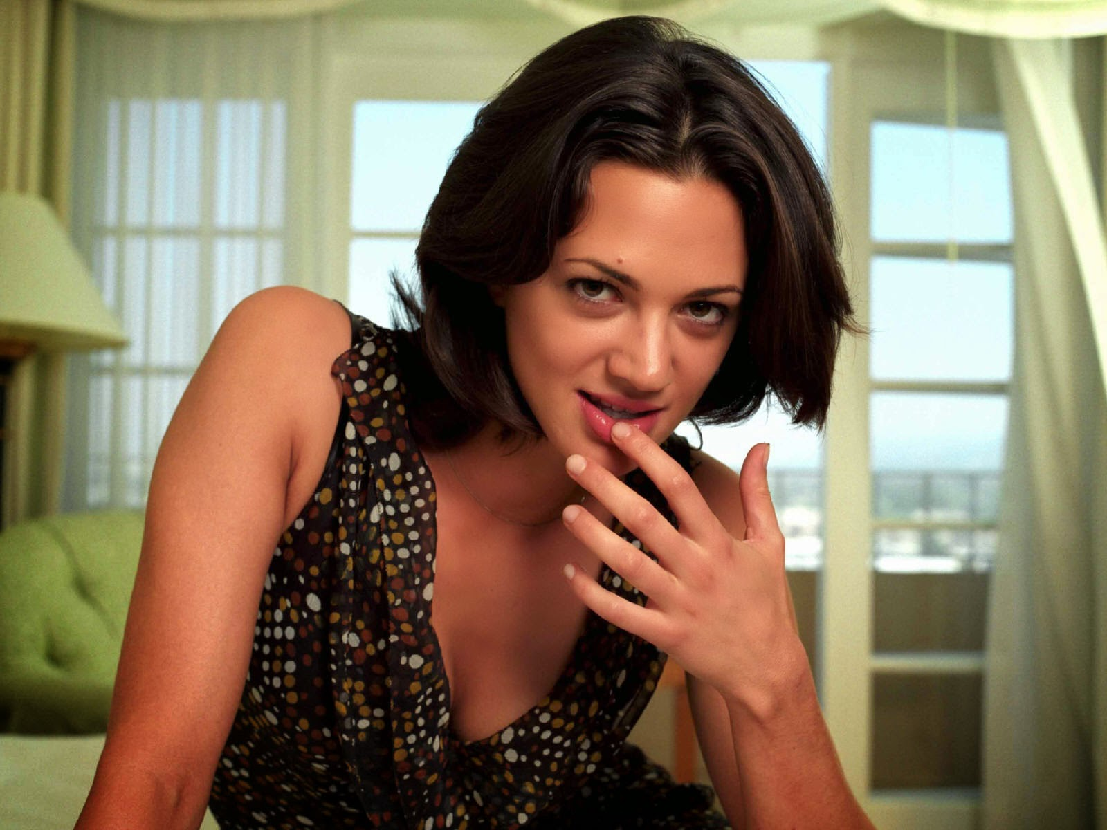 1600x1200 - Asia Argento Wallpapers 11