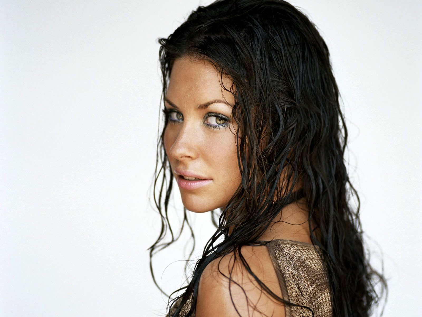 1600x1200 - Evangeline Lilly Wallpapers 19
