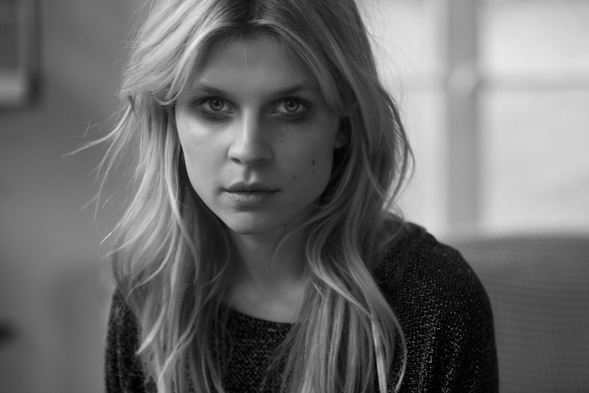 1181x787 - Clemence Poesy Wallpapers 29