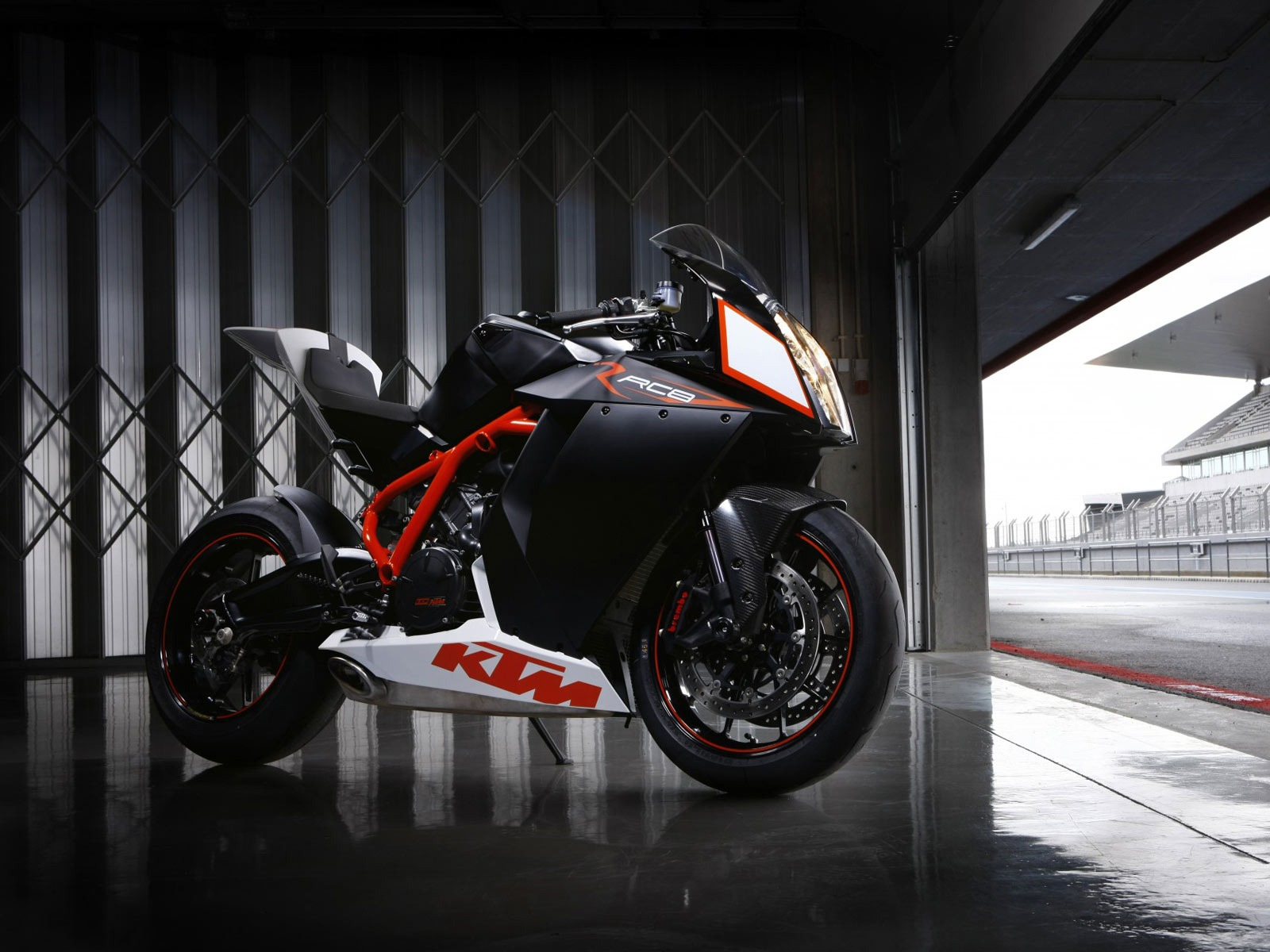 1600x1200 - KTM RC8 Wallpapers 31