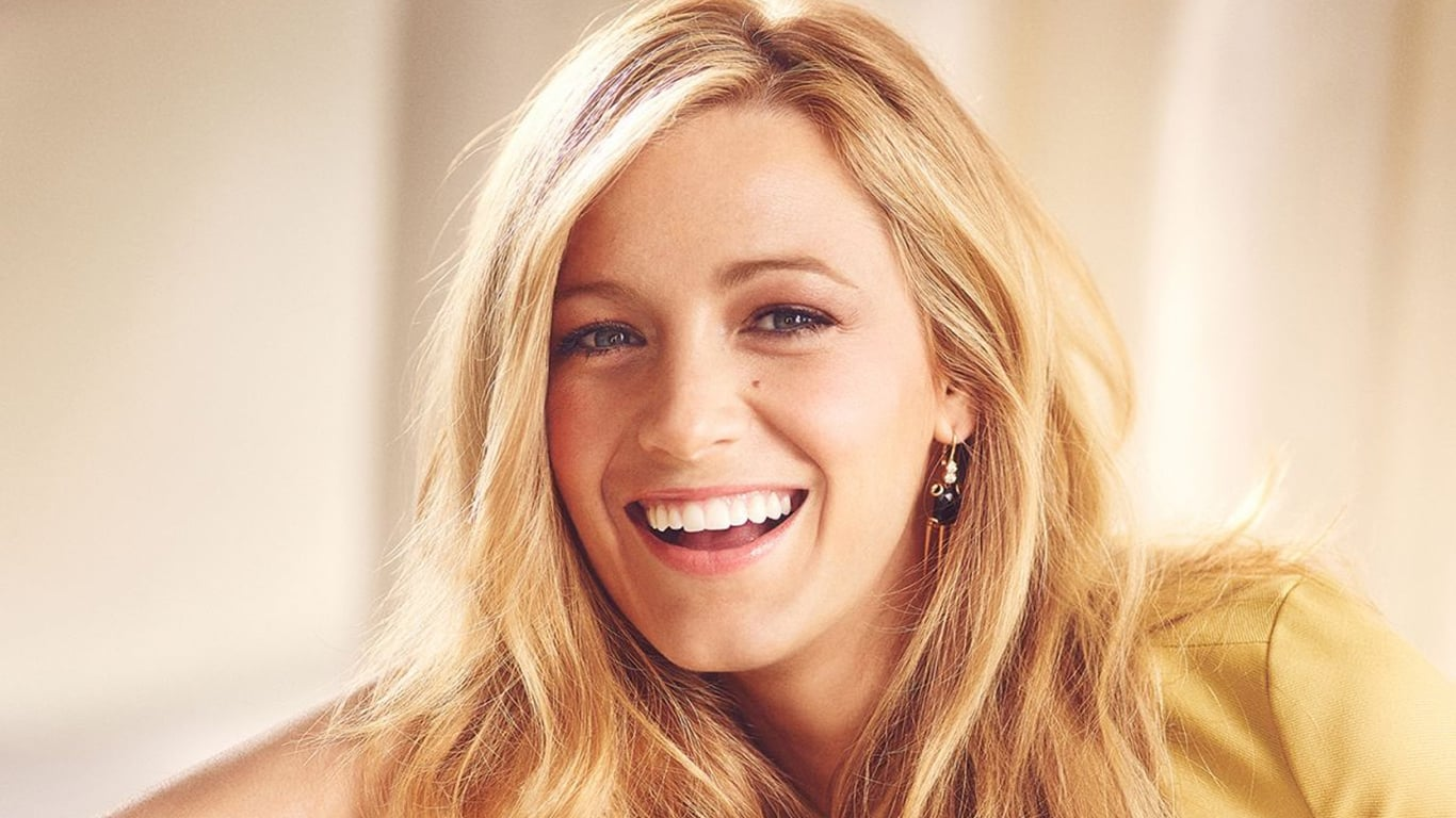 1366x768 - Blake Lively Wallpapers 14