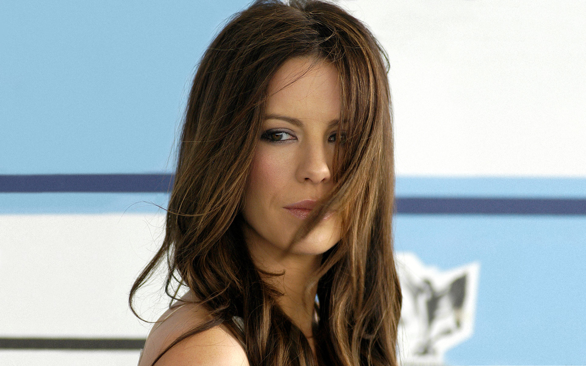 1920x1200 - Kate Beckinsale Wallpapers 29