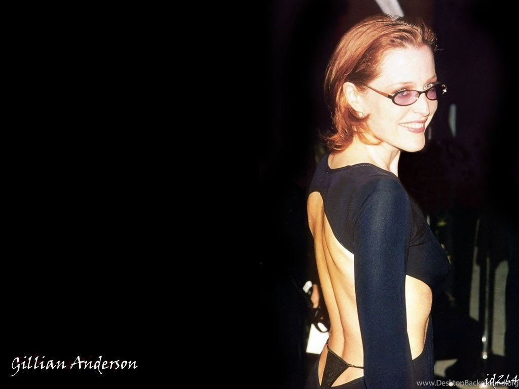 1024x768 - Gillian Anderson Wallpapers 20