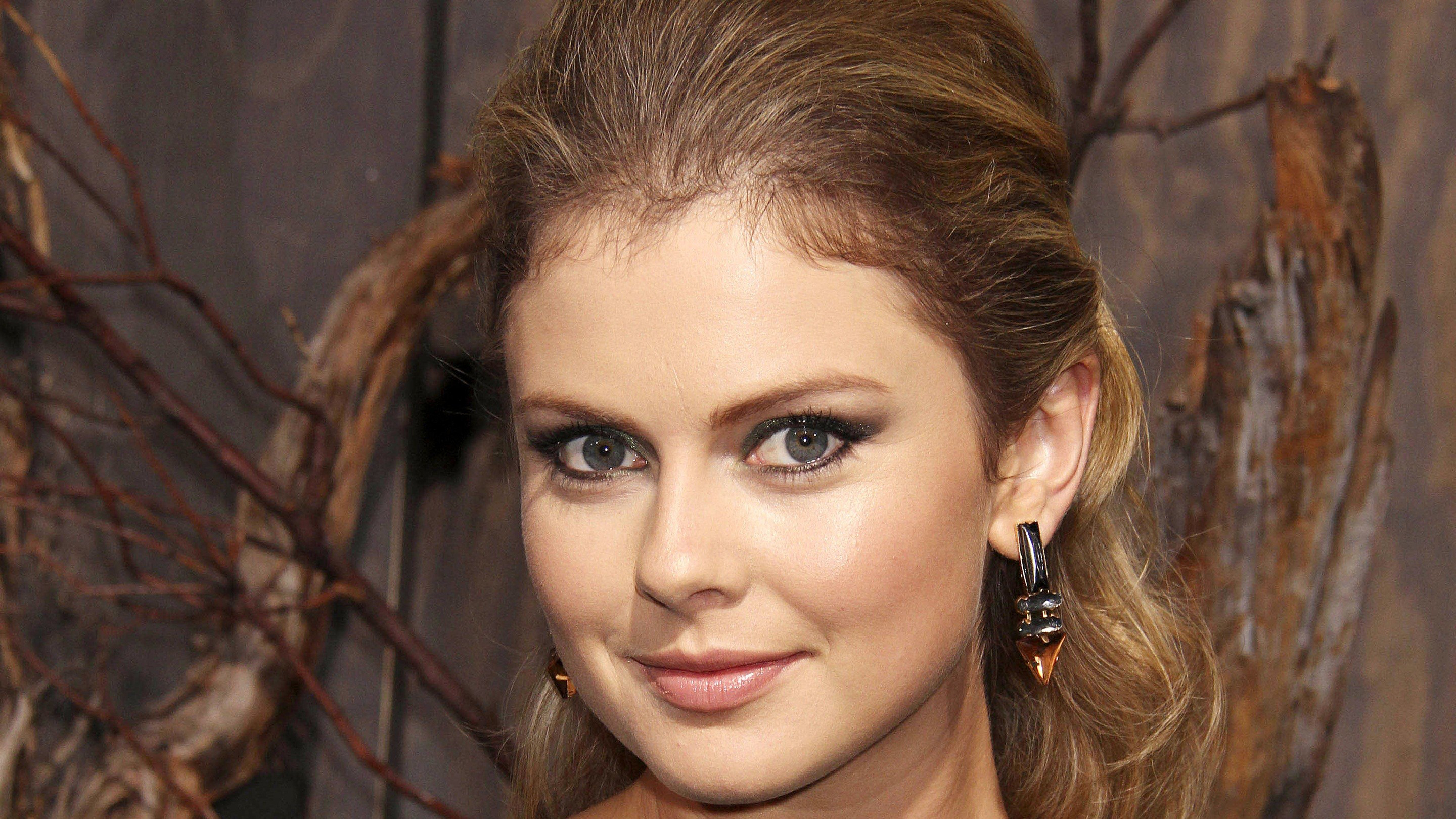 2880x1620 - Rose McIver Wallpapers 22