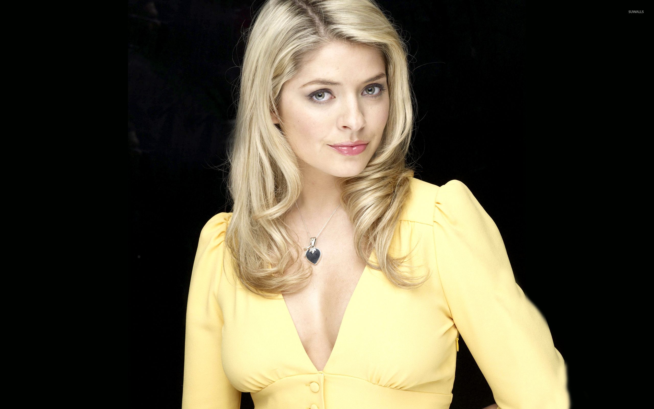 2560x1600 - Holly Willoughby Wallpapers 12