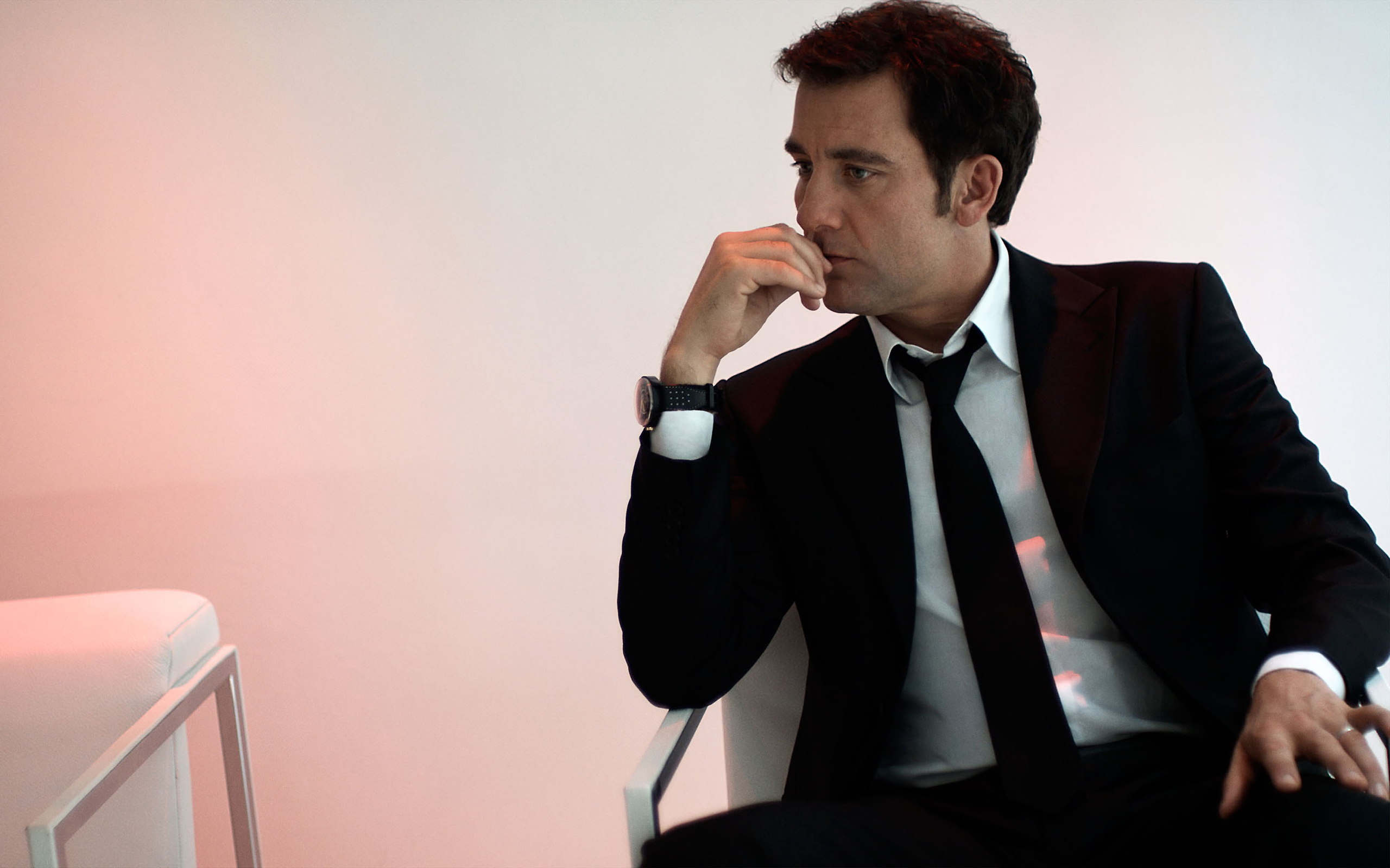 2560x1600 - Clive Owen  Wallpapers 16
