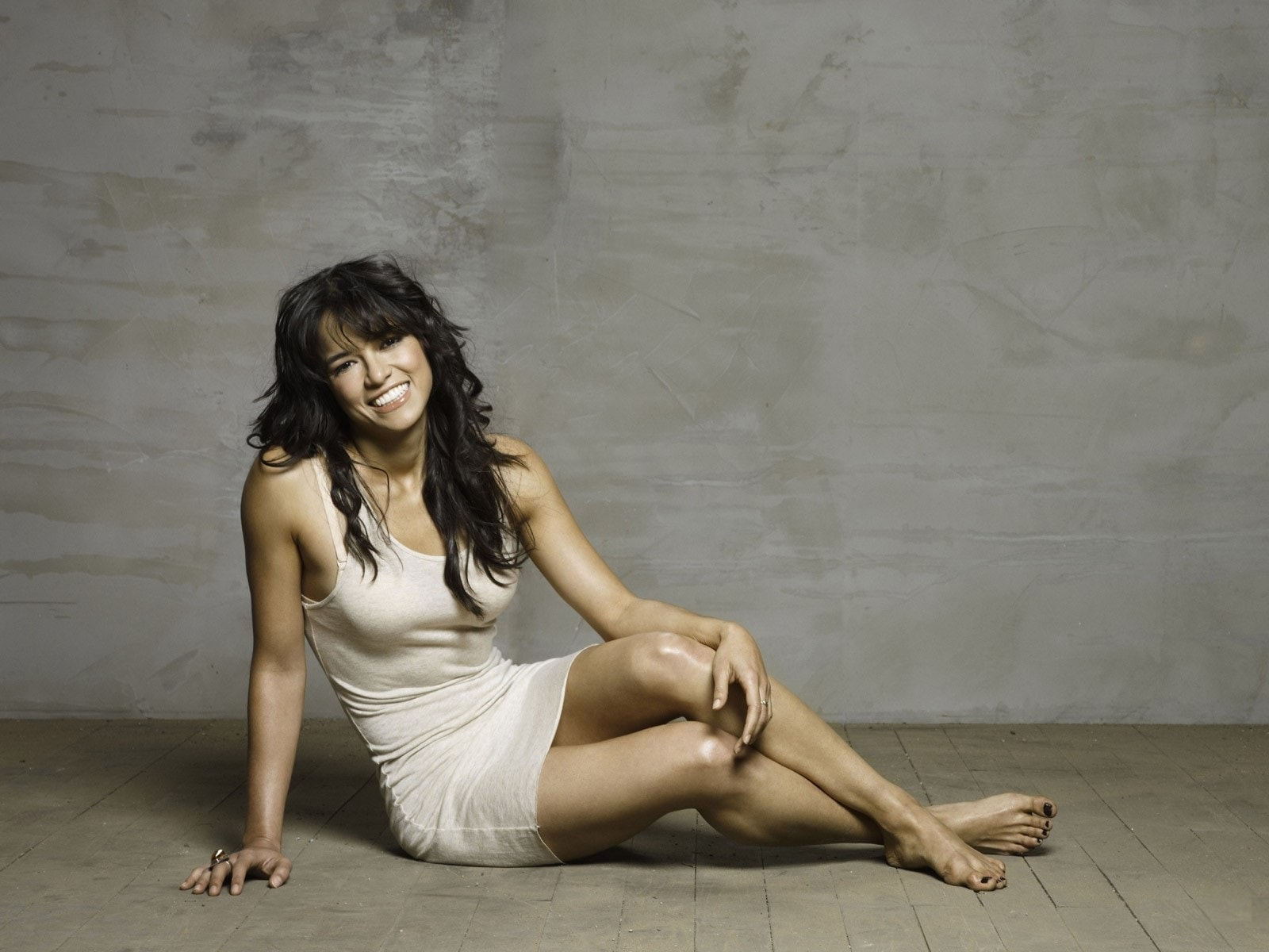 1600x1200 - Michelle Rodriguez Wallpapers 12