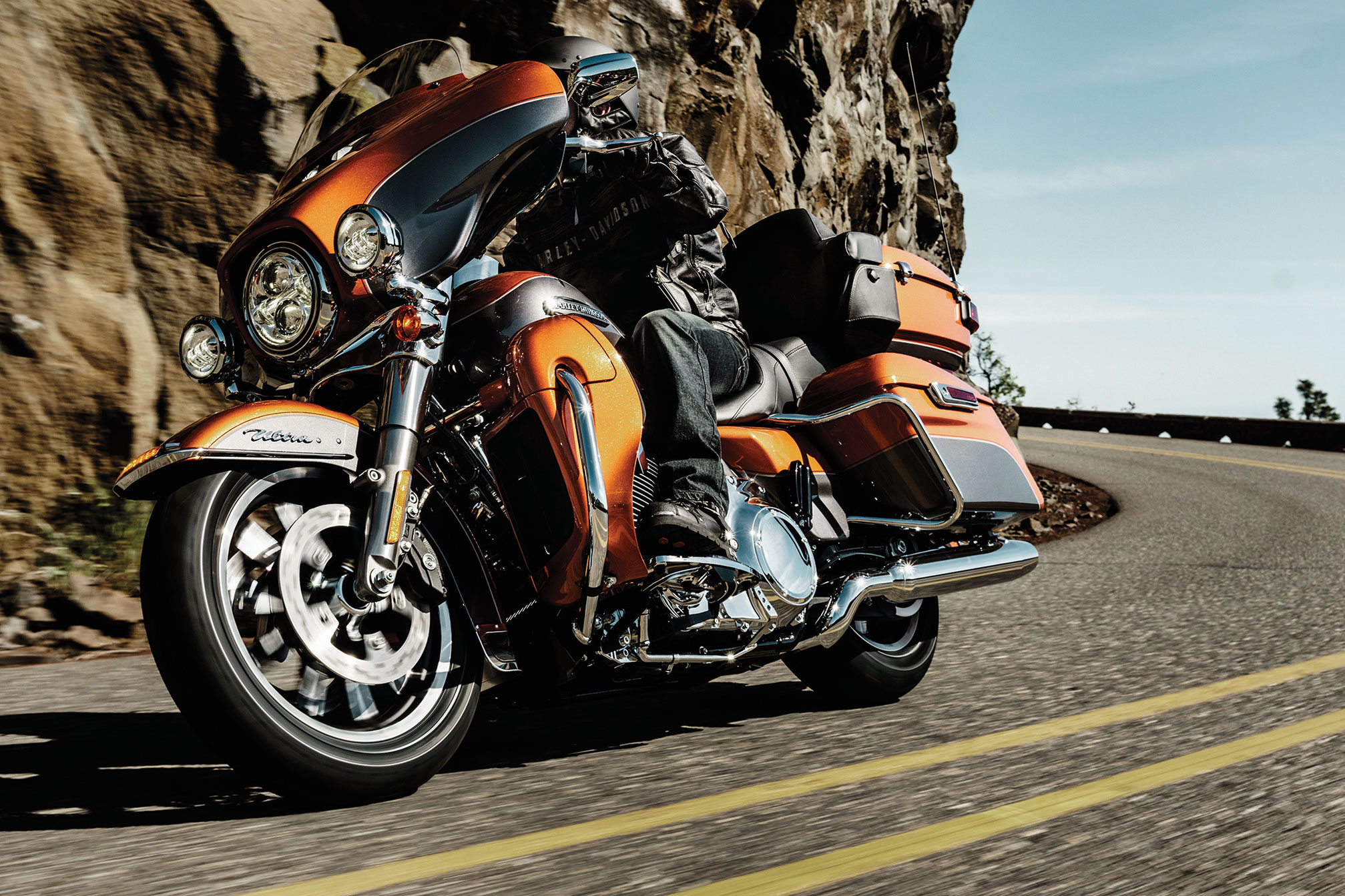 2015x1343 - Harley-Davidson Electra Glide Ultra Classic Wallpapers 4