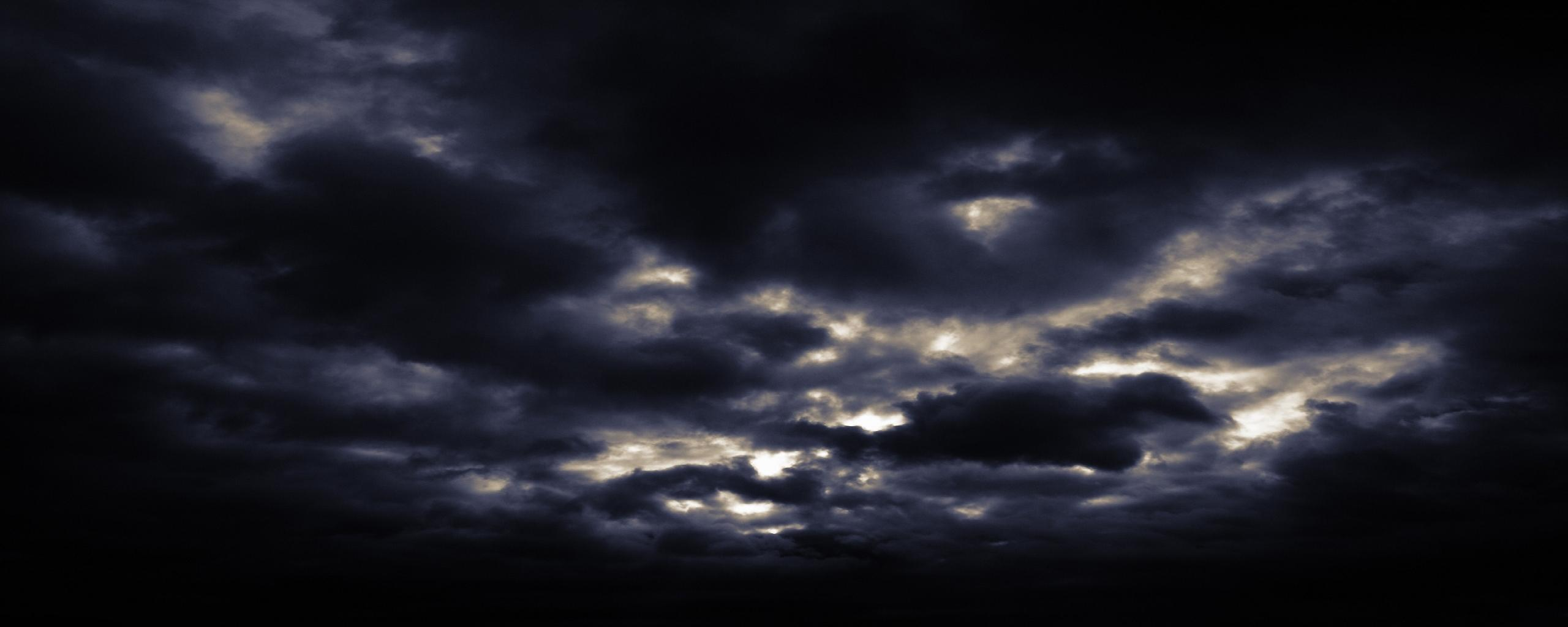 2560x1024 - Dark Sky Background 3