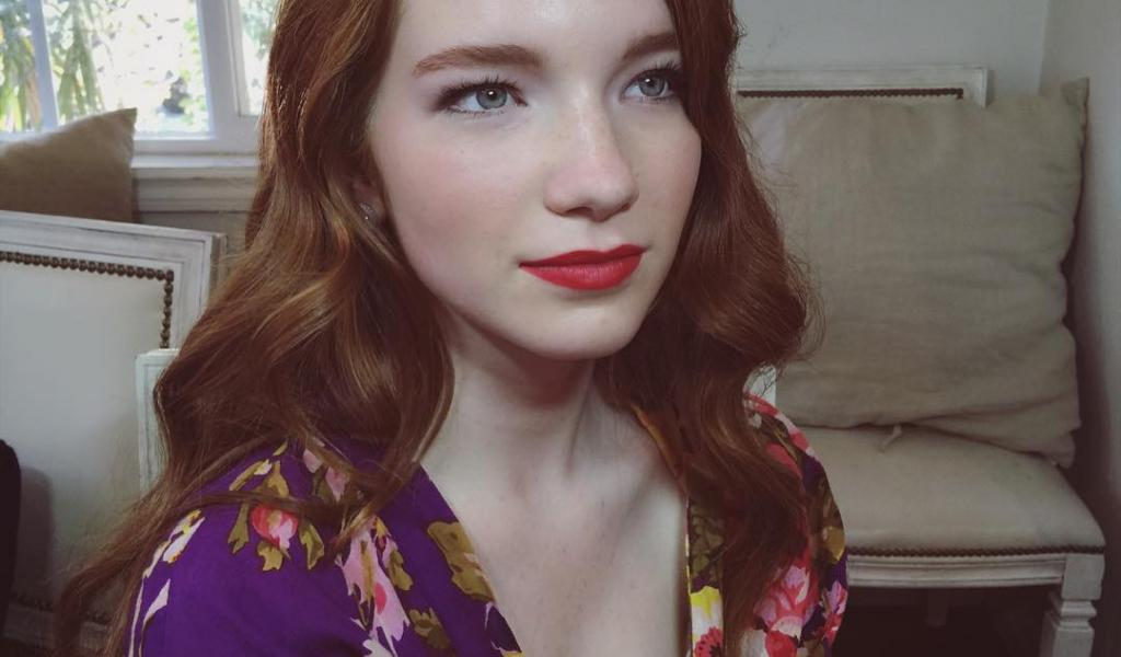 1024x600 - Annalise Basso Wallpapers 23