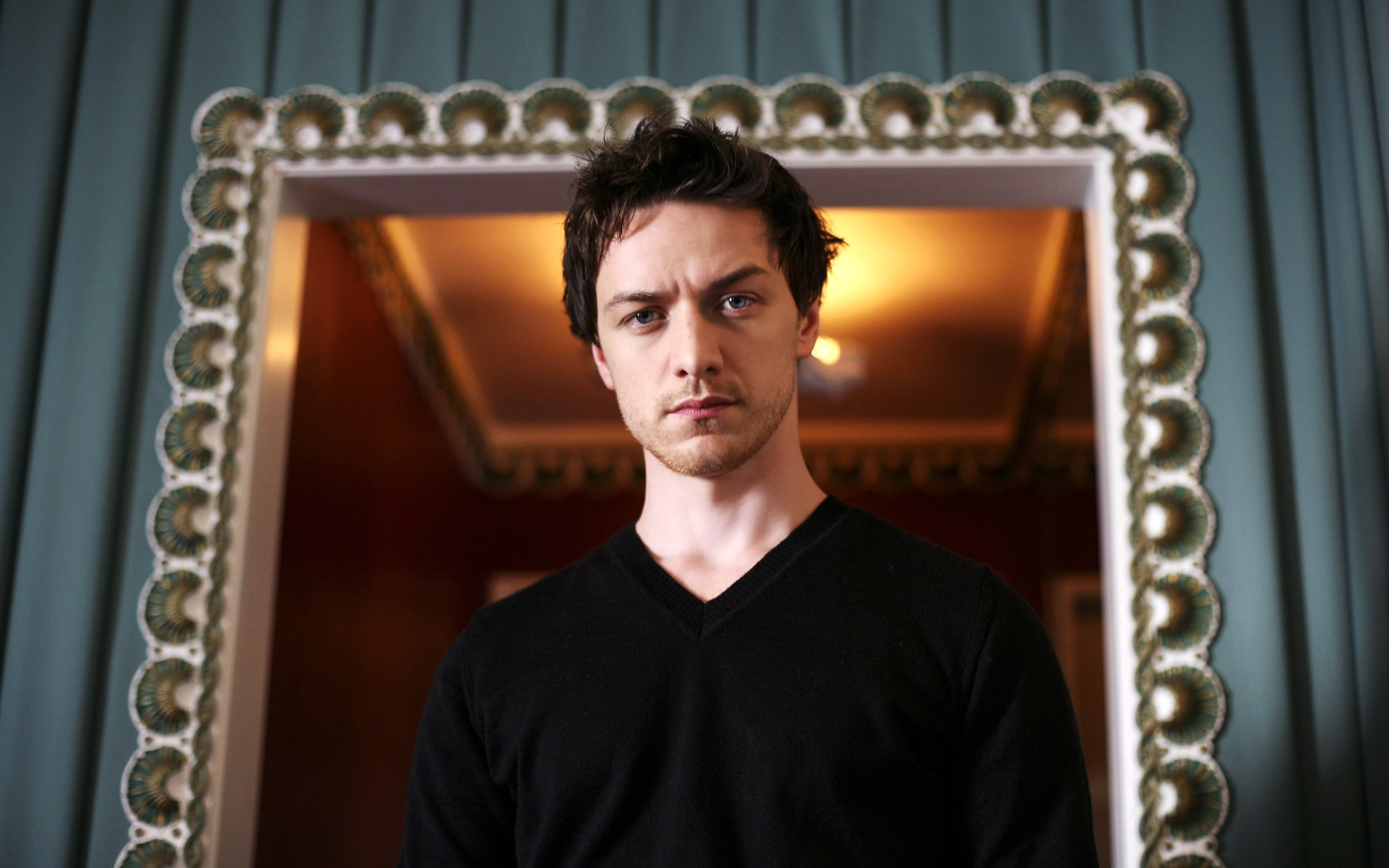 2560x1600 - James McAvoy Wallpapers 13