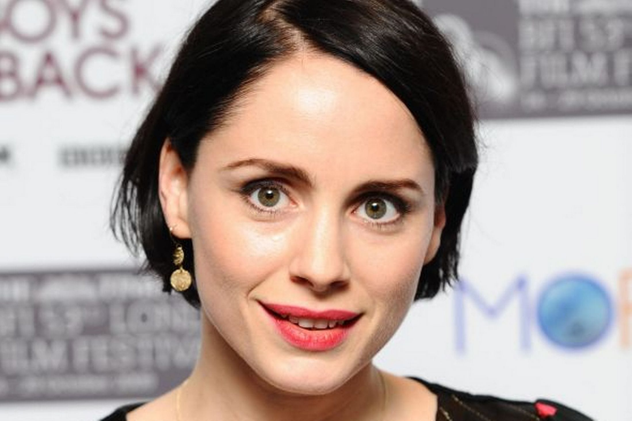 2197x1463 - Laura Fraser Wallpapers 2
