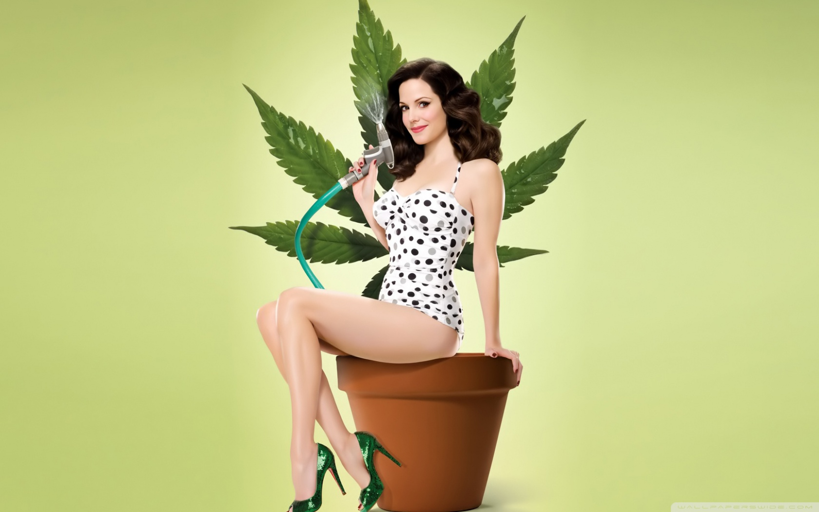 1680x1050 - Mary-Louise Parker Wallpapers 13