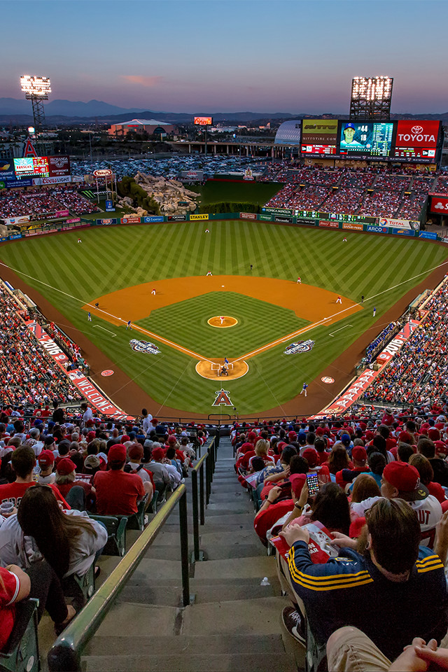 640x960 - Los Angeles Angels of Anaheim Wallpapers 14