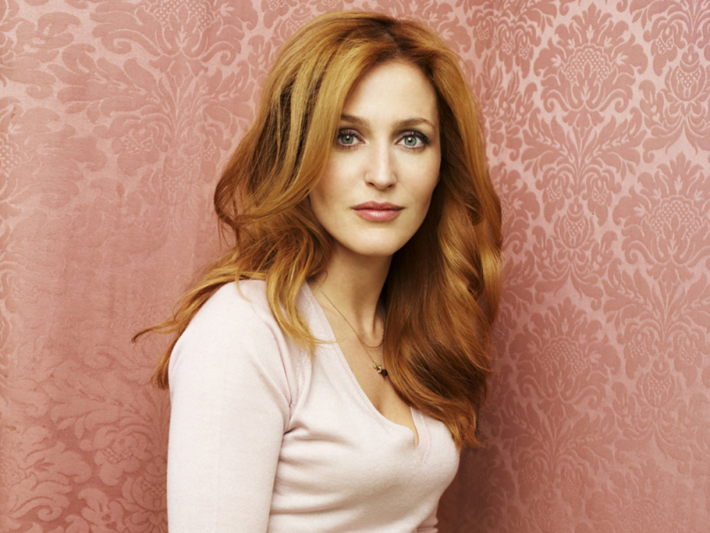 1024x768 - Gillian Anderson Wallpapers 2