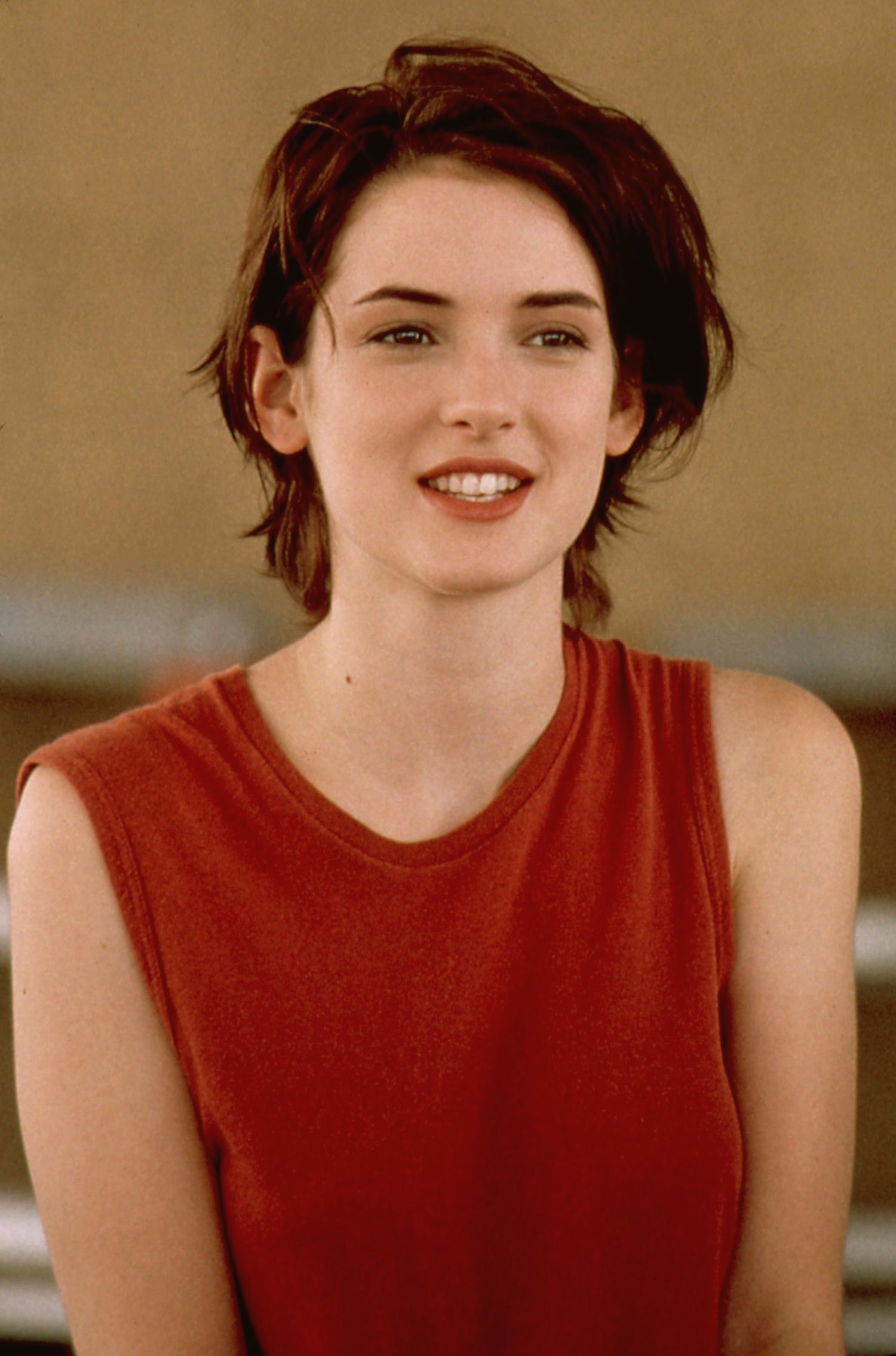 1500x2270 - Winona Ryder Wallpapers 26