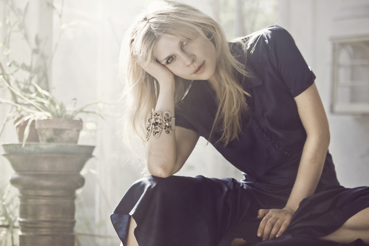 1181x787 - Clemence Poesy Wallpapers 3