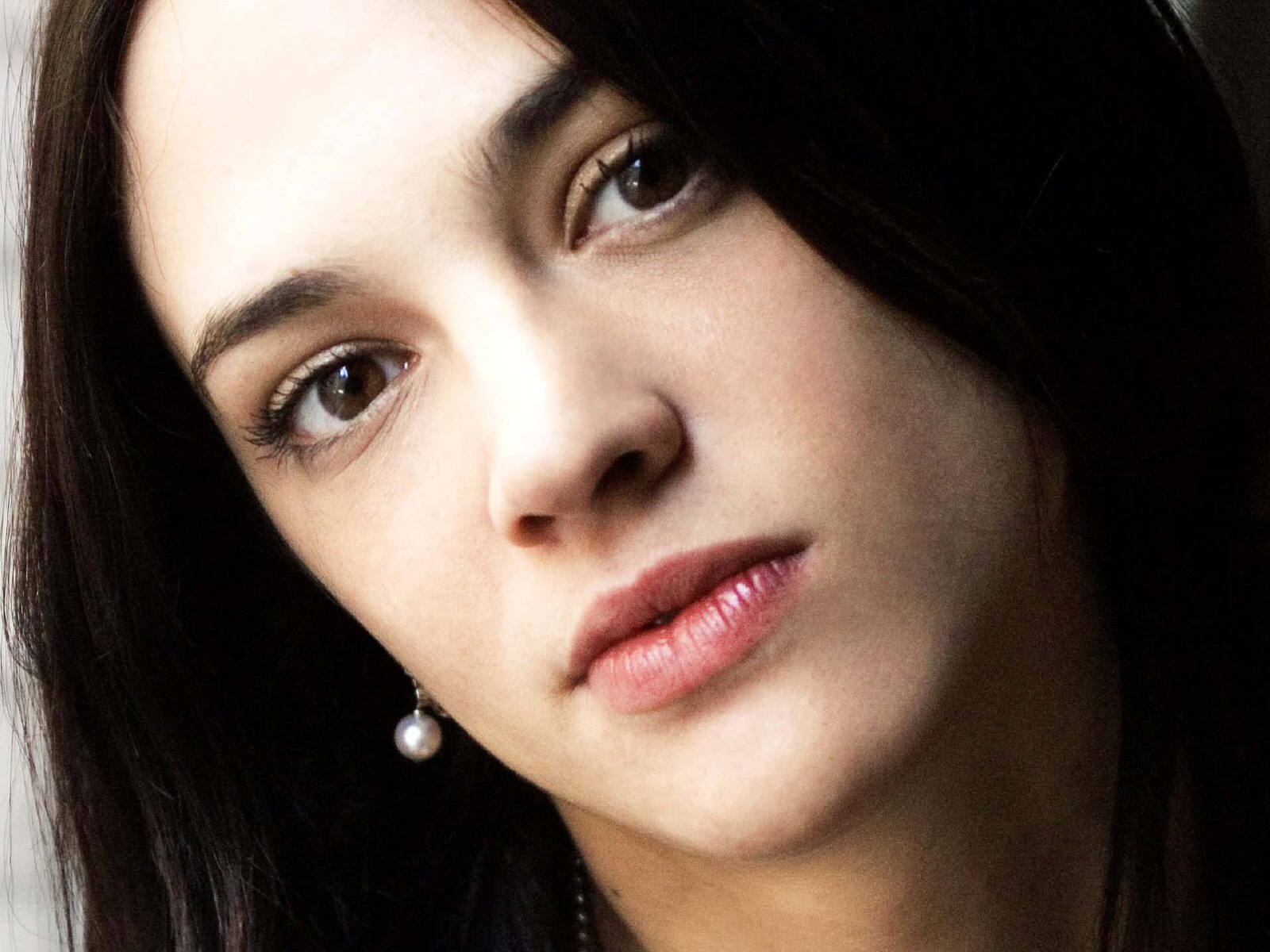 1600x1200 - Asia Argento Wallpapers 32