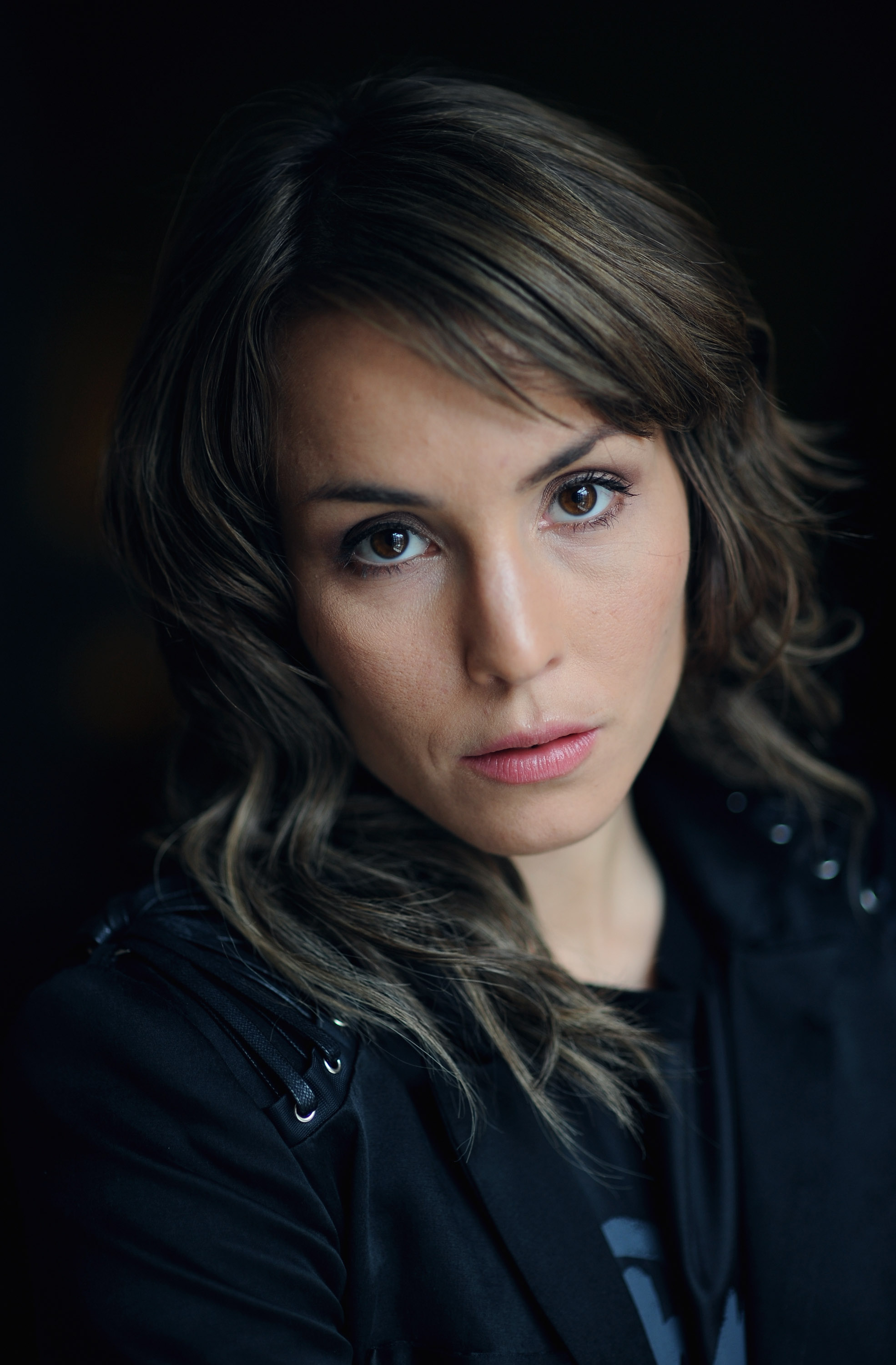 1970x3000 - Noomi Rapace Wallpapers 26