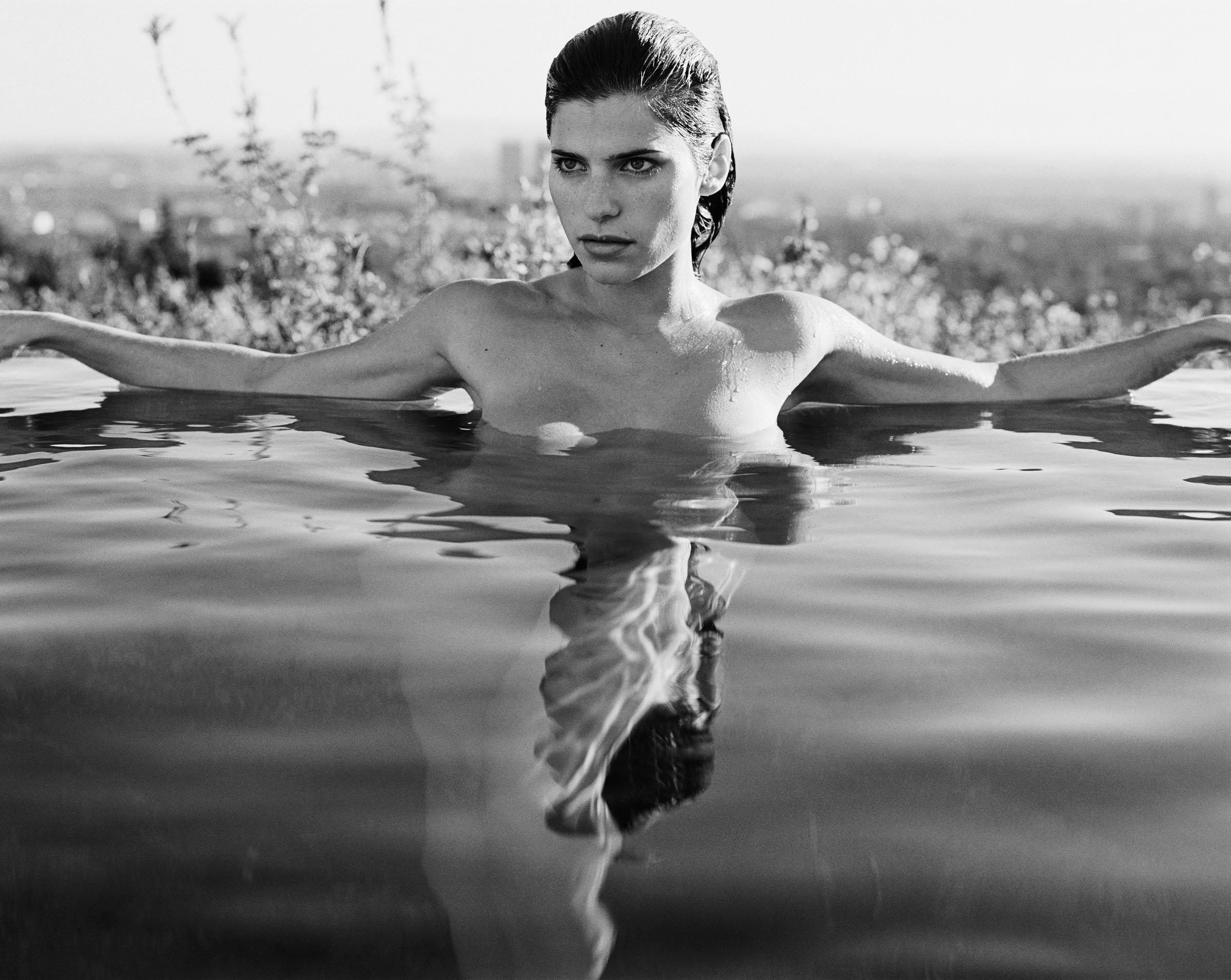 2400x1912 - Lake Bell Wallpapers 14