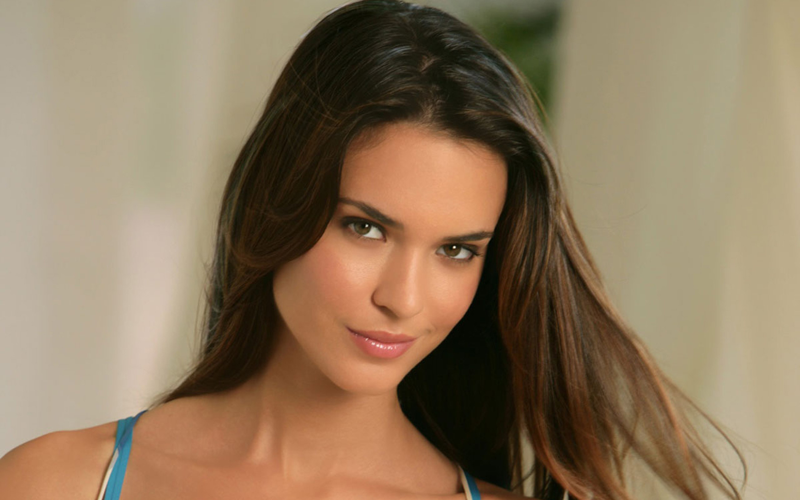 2560x1600 - Odette Annable Wallpapers 32