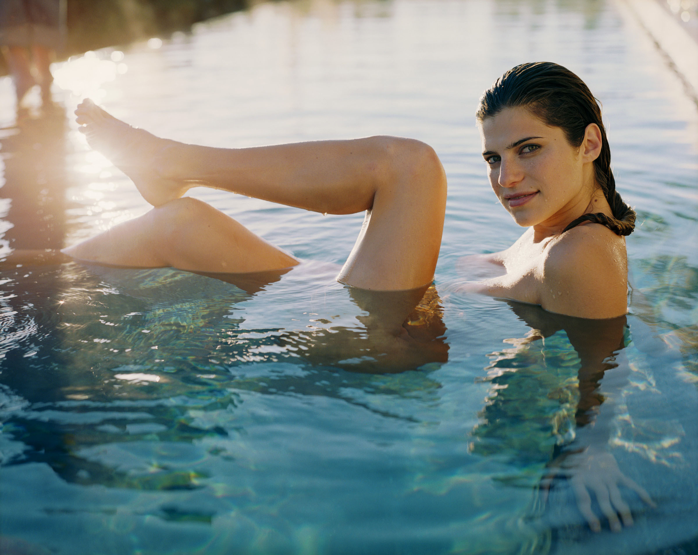 2400x1908 - Lake Bell Wallpapers 29