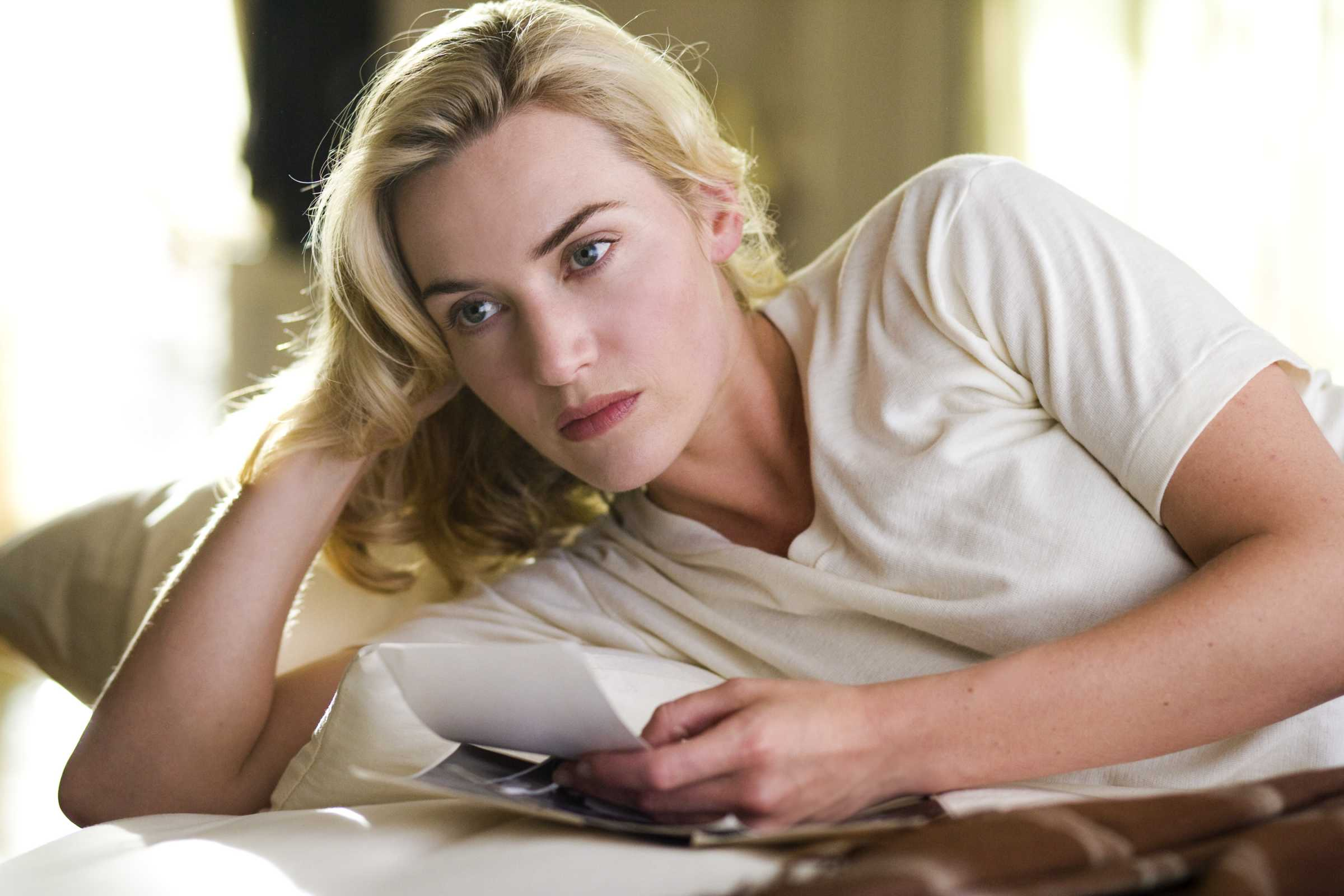2400x1600 - Kate Winslet Wallpapers 18