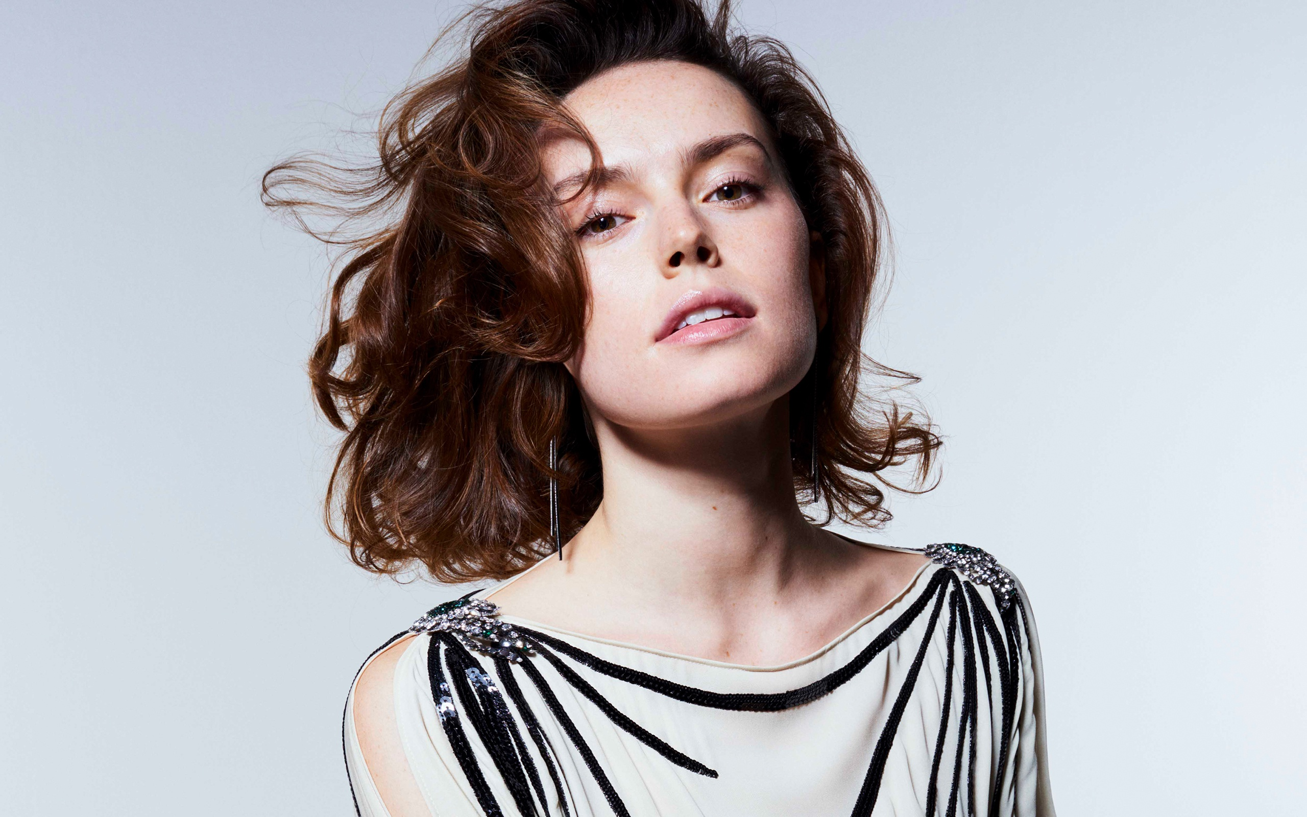 2560x1600 - Daisy Ridley Wallpapers 10