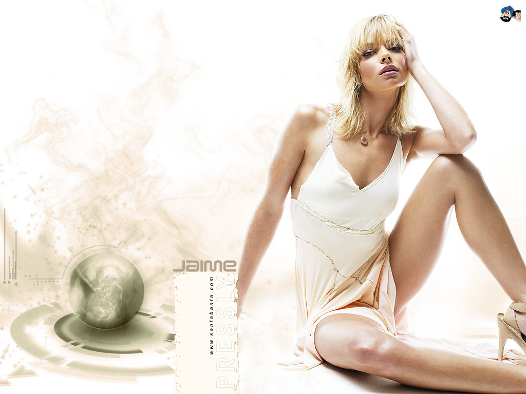 1024x768 - Jaime Pressly Wallpapers 17