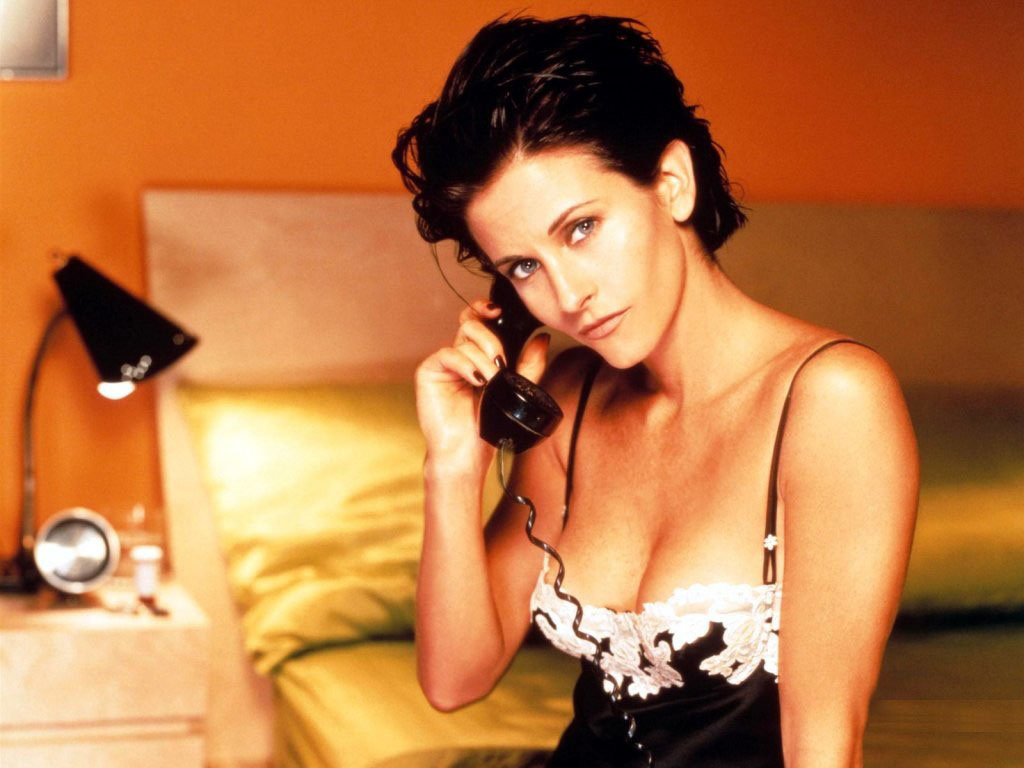 1024x768 - Courtney Cox Wallpapers 11