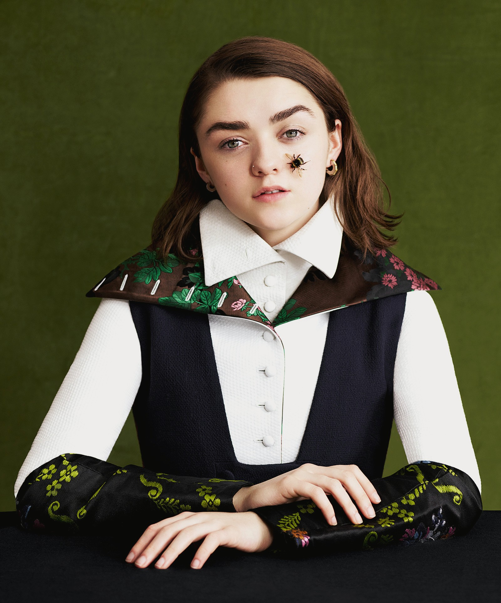 1600x1925 - Maisie Williams Wallpapers 28