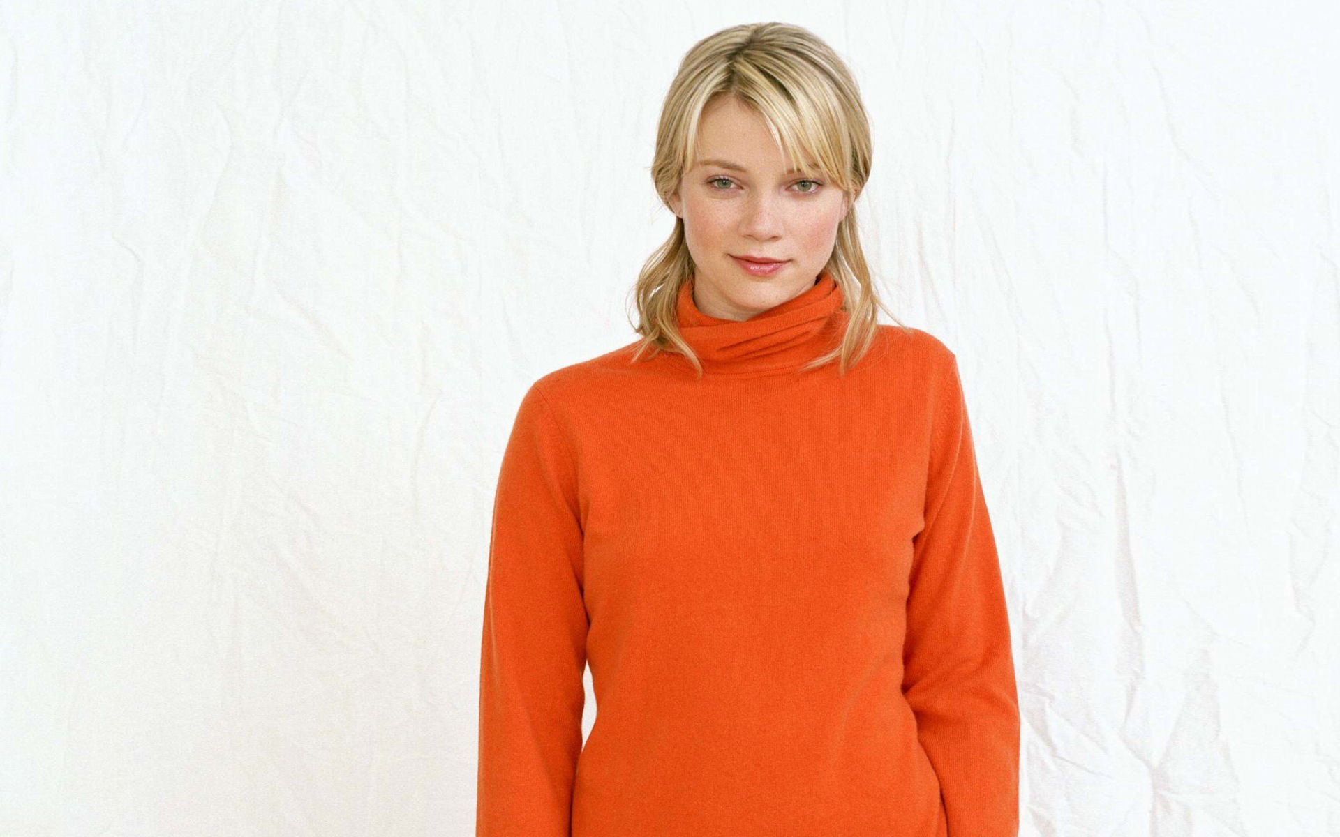 1920x1200 - Amy Smart Wallpapers 13