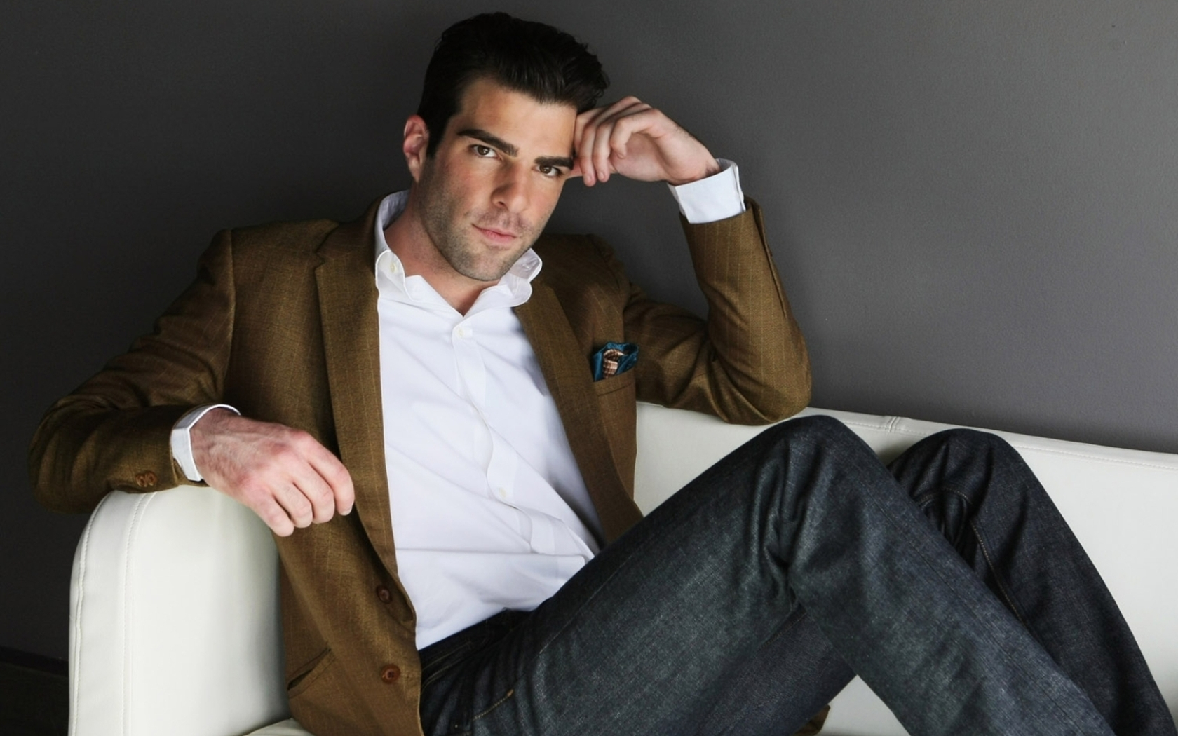 1680x1050 - Zachary Quinto Wallpapers 21
