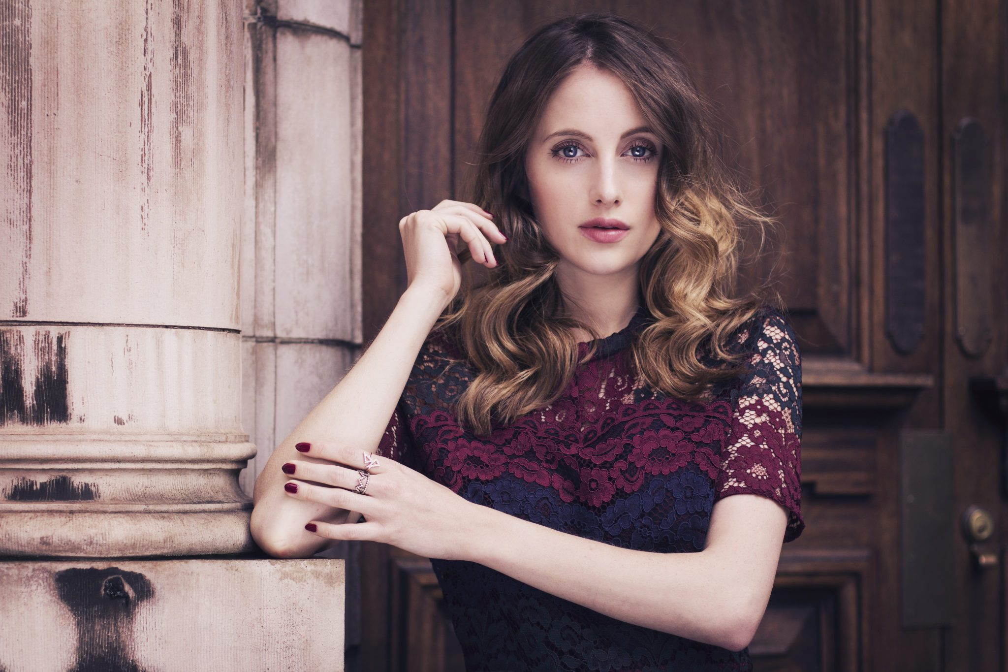 2048x1365 - Rosie Fortescue Wallpapers 2