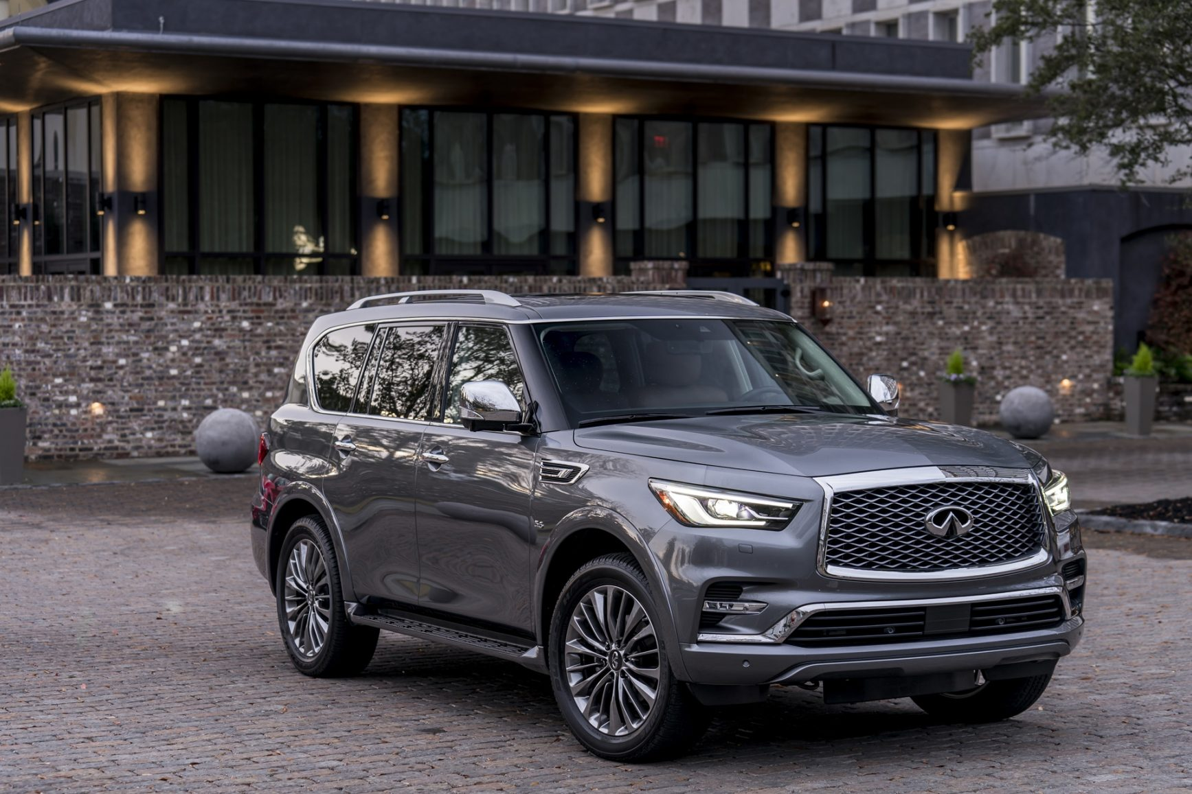 1735x1157 - Infiniti QX80 Wallpapers 14