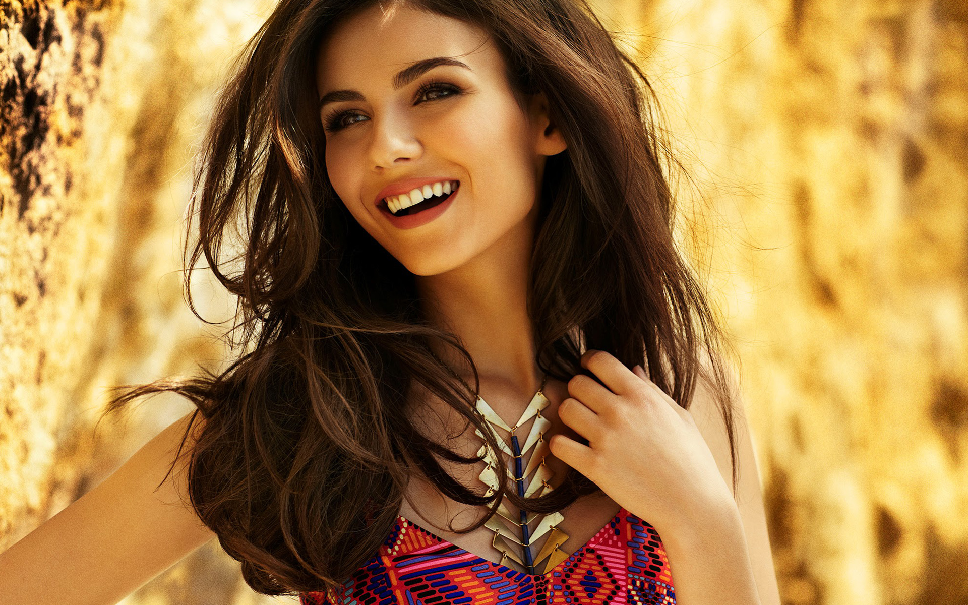 1920x1200 - Victoria Justice Wallpapers 24