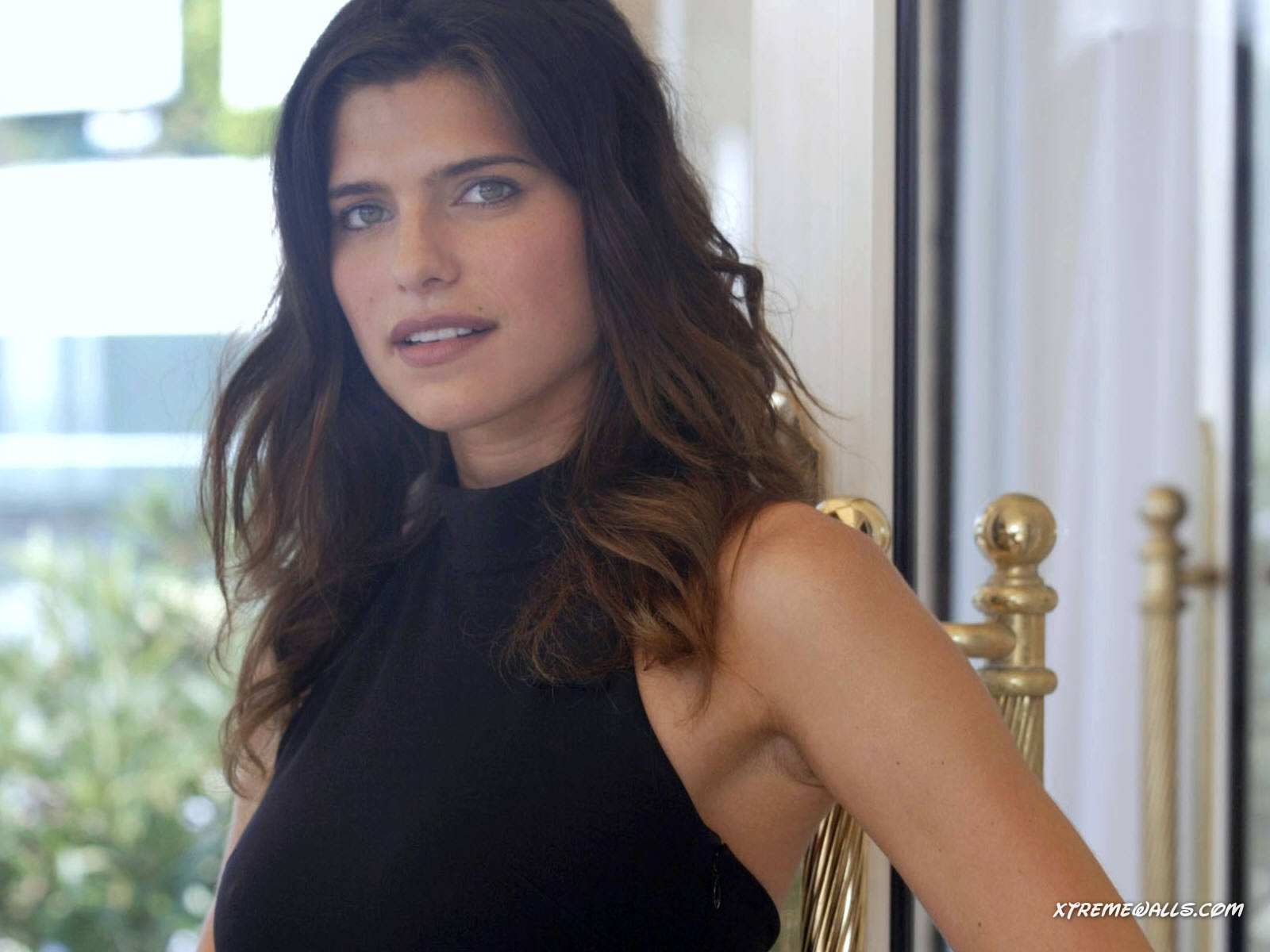 1600x1200 - Lake Bell Wallpapers 4