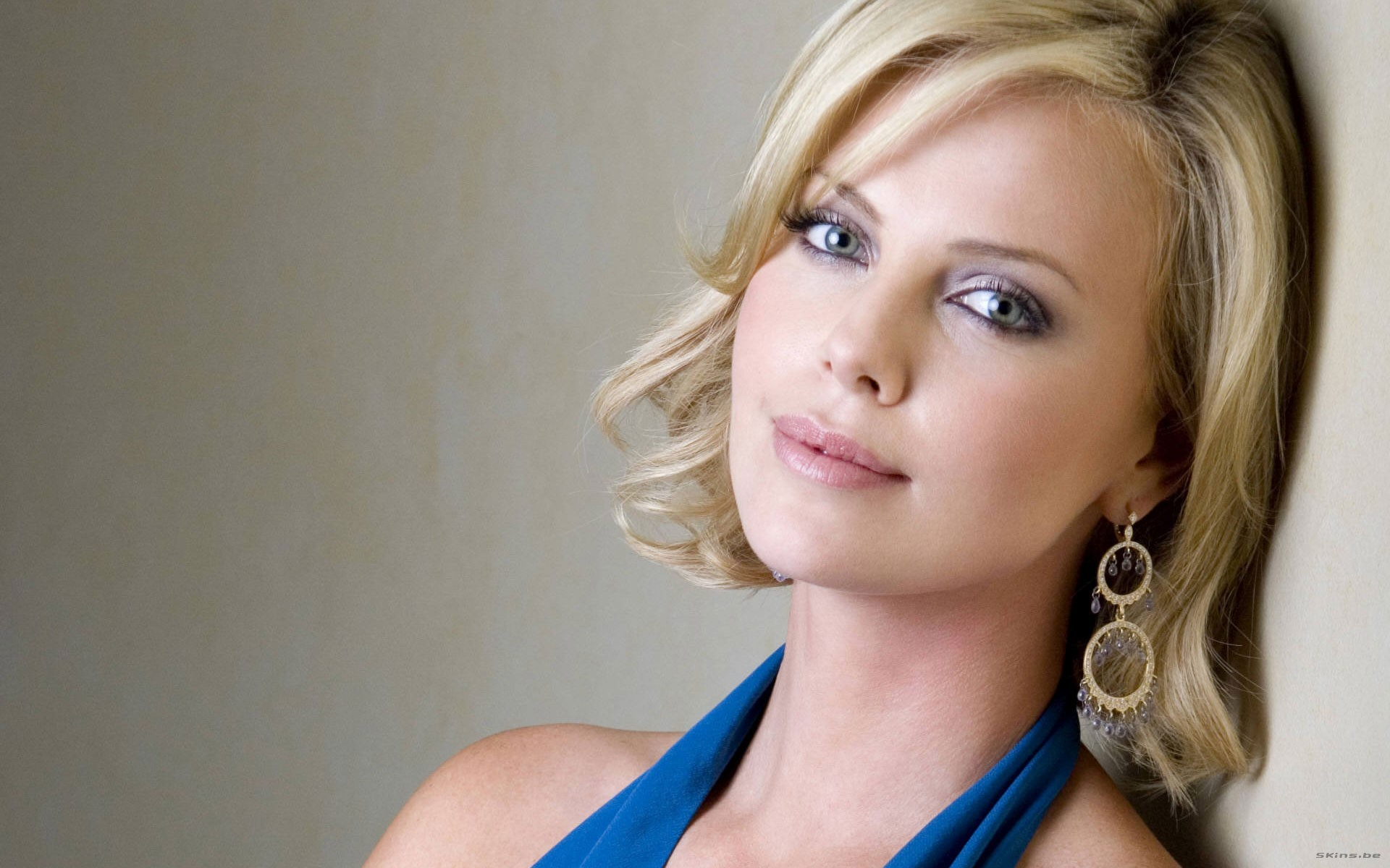 1920x1200 - Charlize Theron Wallpapers 32