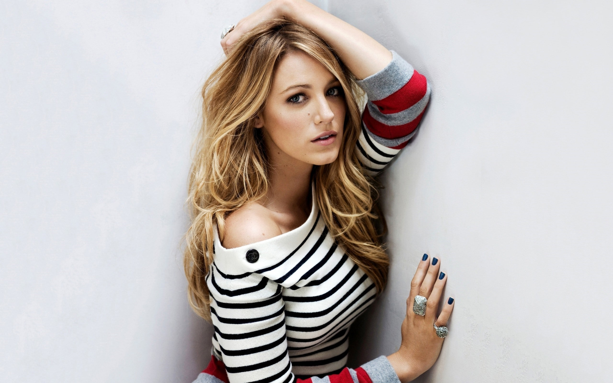 2560x1600 - Blake Lively Wallpapers 2